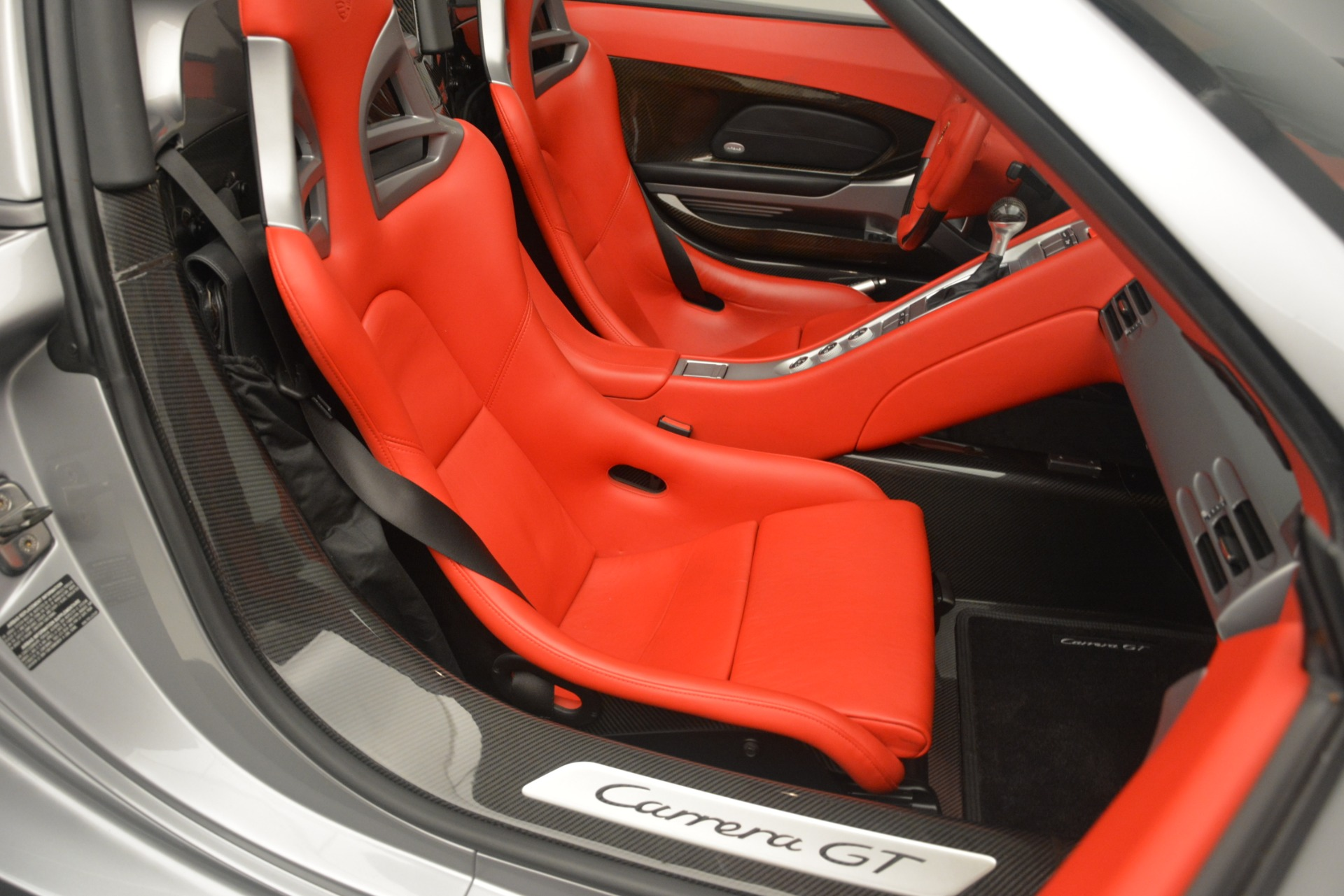 Used 2005 Porsche Carrera GT  For Sale In Greenwich, CT. Alfa Romeo of Greenwich, 7558C 3161_p33