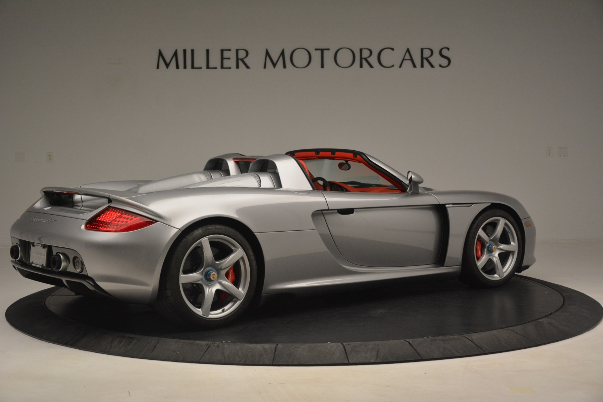Used 2005 Porsche Carrera GT  For Sale In Greenwich, CT. Alfa Romeo of Greenwich, 7558C 3161_p9