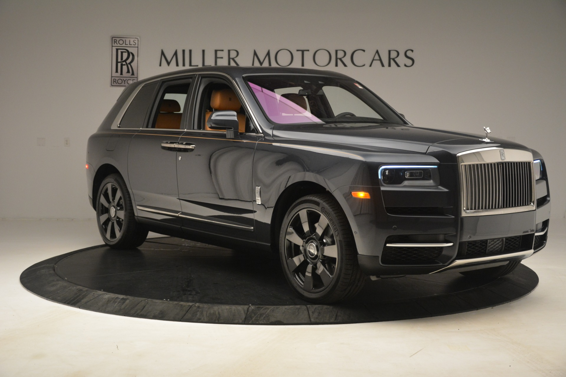 Used 2019 Rolls-Royce Cullinan  For Sale In Greenwich, CT. Alfa Romeo of Greenwich, R521 3162_p13