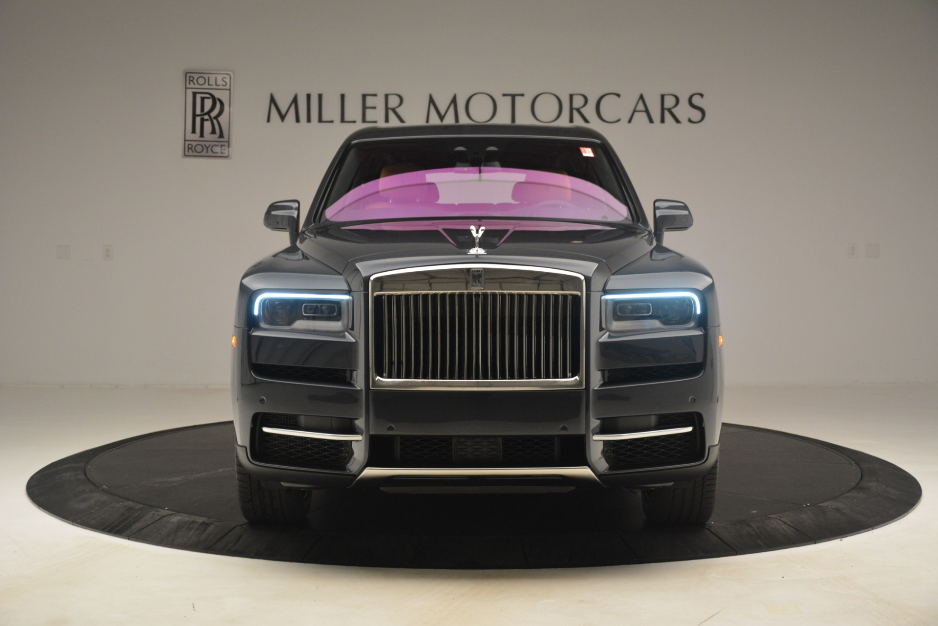 Used 2019 Rolls-Royce Cullinan  For Sale In Greenwich, CT. Alfa Romeo of Greenwich, R521 3162_p2