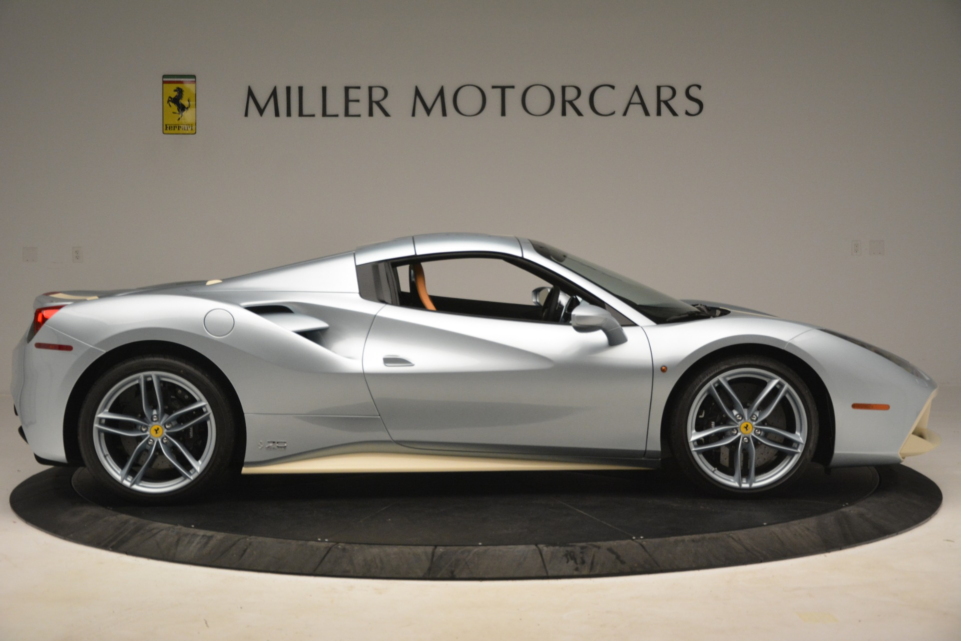 Used 2018 Ferrari 488 Spider  For Sale In Greenwich, CT. Alfa Romeo of Greenwich, 4562 3168_p17