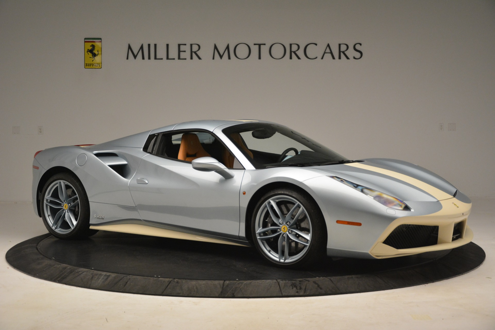 Used 2018 Ferrari 488 Spider  For Sale In Greenwich, CT. Alfa Romeo of Greenwich, 4562 3168_p18