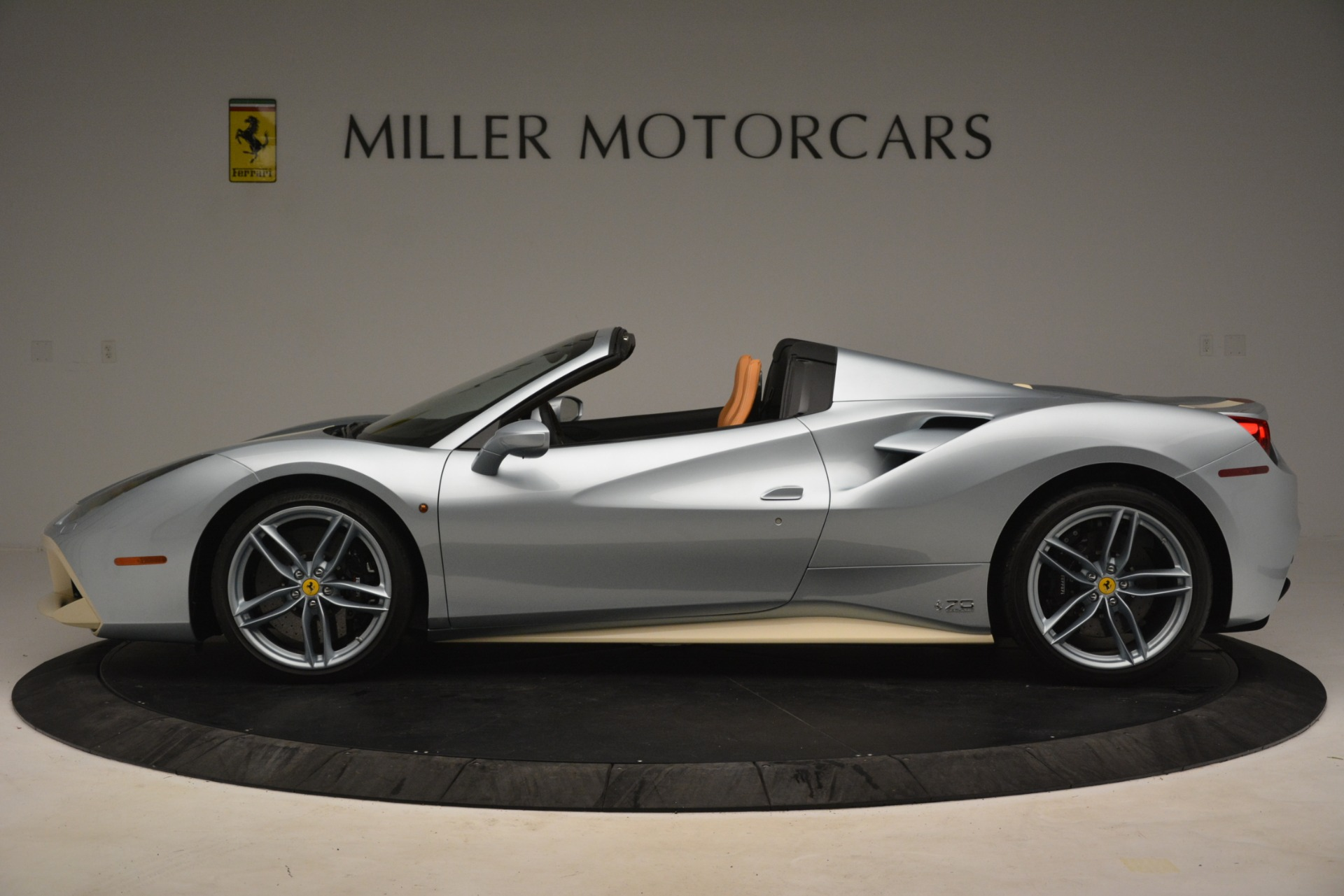 Used 2018 Ferrari 488 Spider  For Sale In Greenwich, CT. Alfa Romeo of Greenwich, 4562 3168_p3