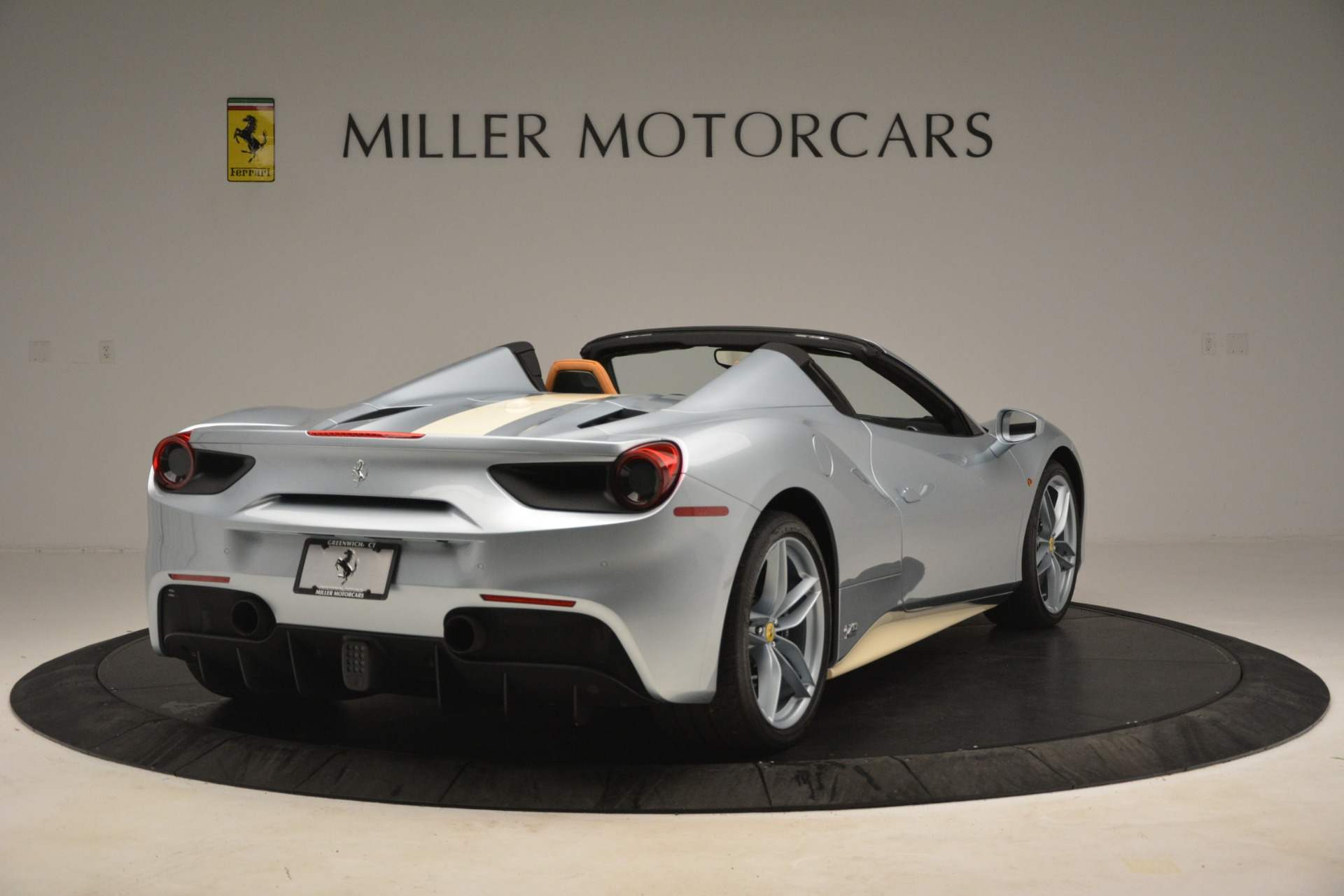 Used 2018 Ferrari 488 Spider  For Sale In Greenwich, CT. Alfa Romeo of Greenwich, 4562 3168_p7