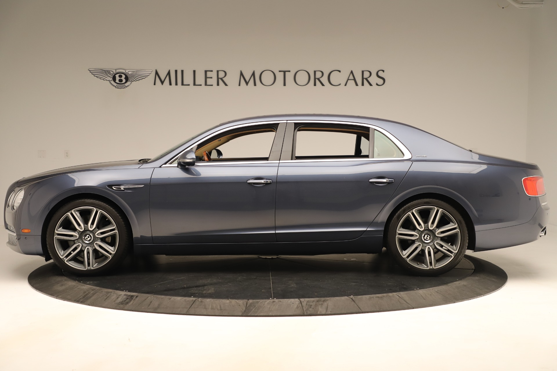 Used 2016 Bentley Flying Spur W12 For Sale In Greenwich, CT. Alfa Romeo of Greenwich, 7564 3171_p3