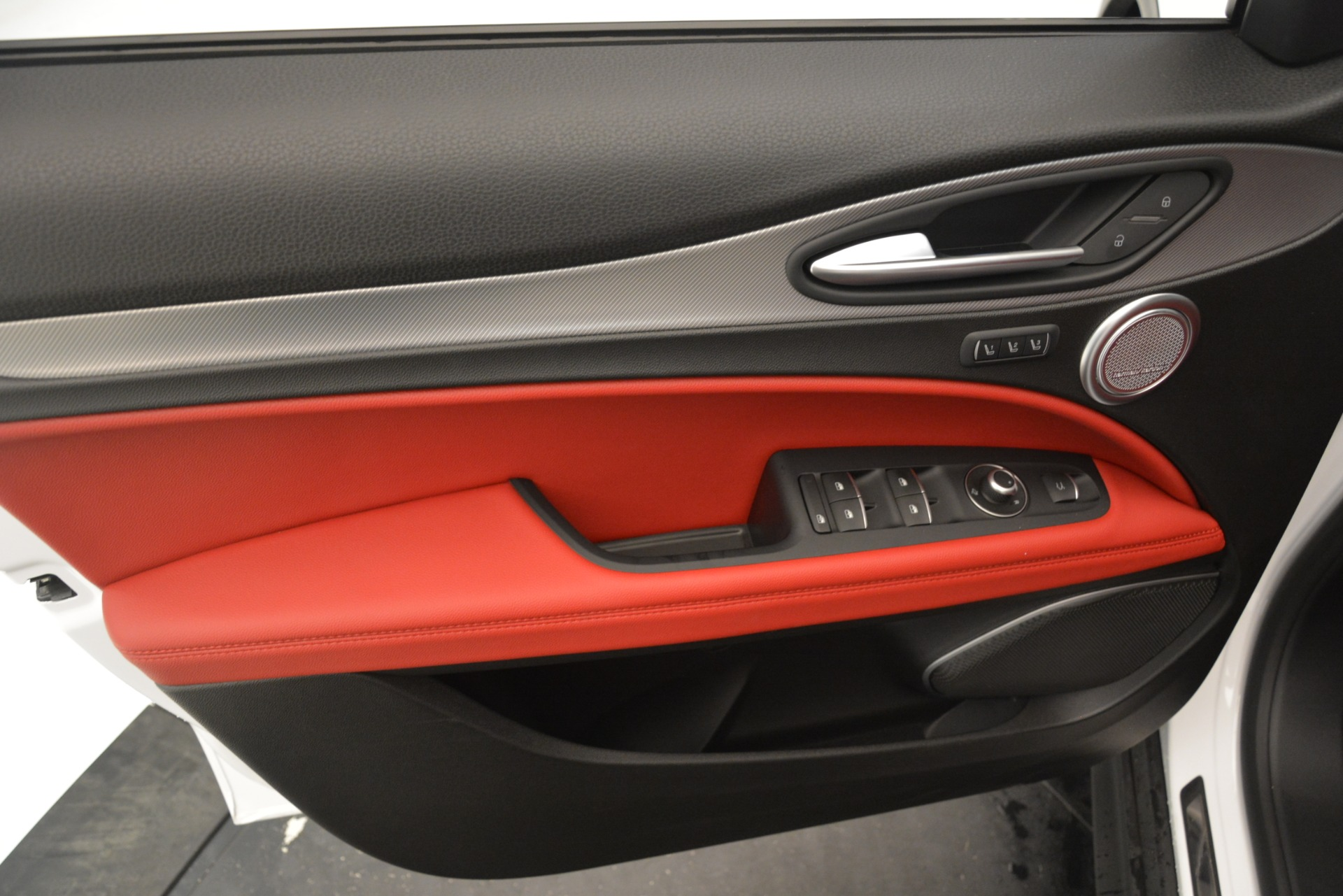 New 2019 Alfa Romeo Stelvio Ti Sport Q4 For Sale In Greenwich, CT. Alfa Romeo of Greenwich, L616 3173_p15