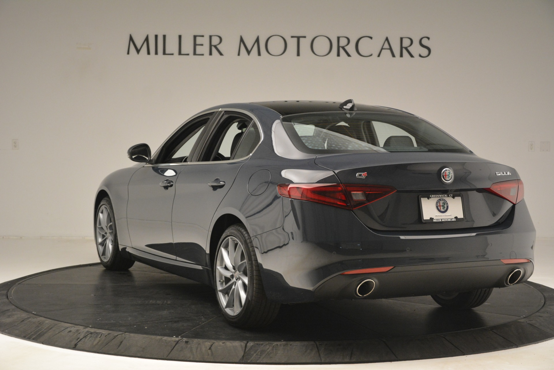 New 2019 Alfa Romeo Giulia Q4 For Sale In Greenwich, CT. Alfa Romeo of Greenwich, L617 3174_p5