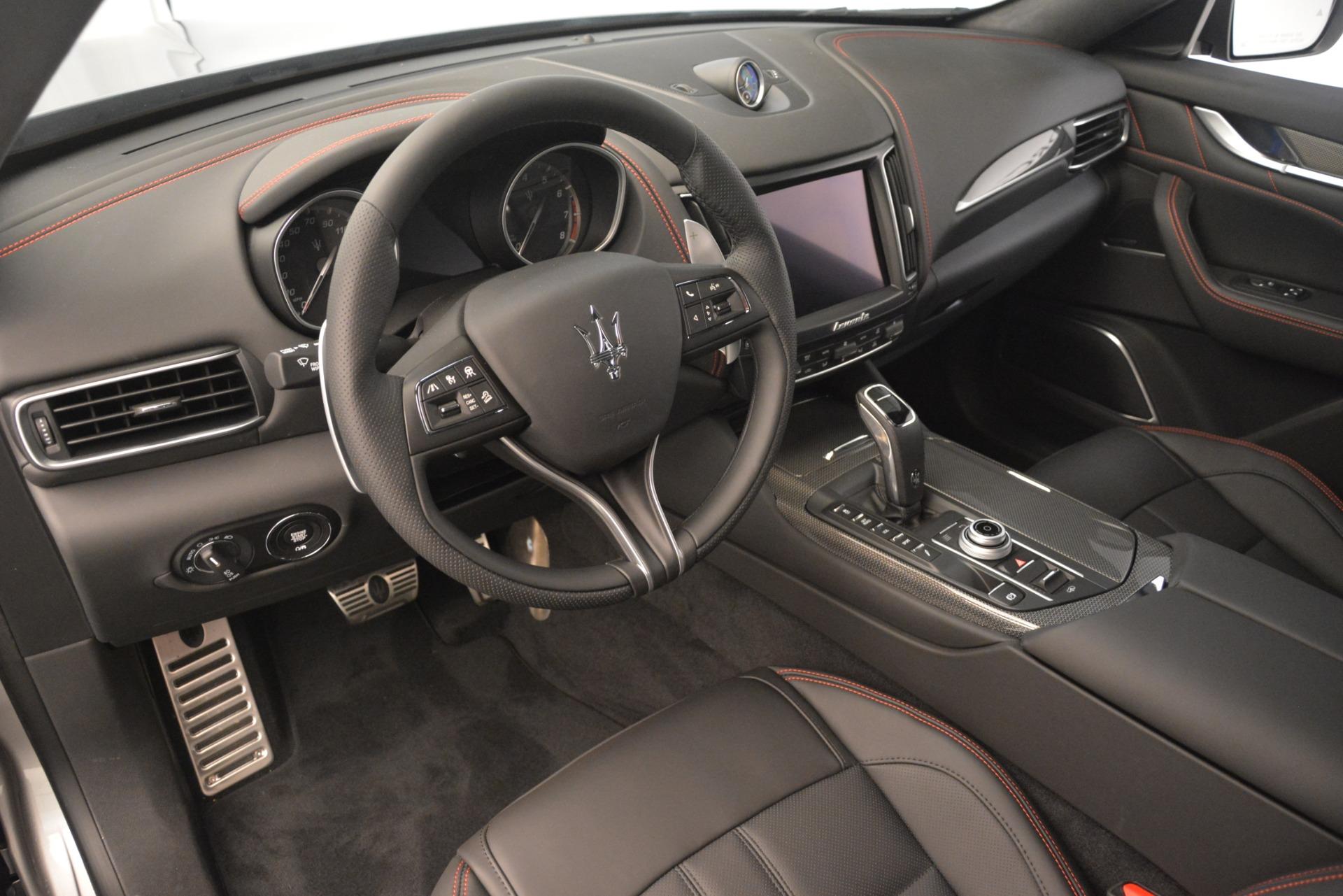 New 2019 Maserati Levante SQ4 GranSport Nerissimo For Sale In Greenwich, CT. Alfa Romeo of Greenwich, M2306 3177_p13