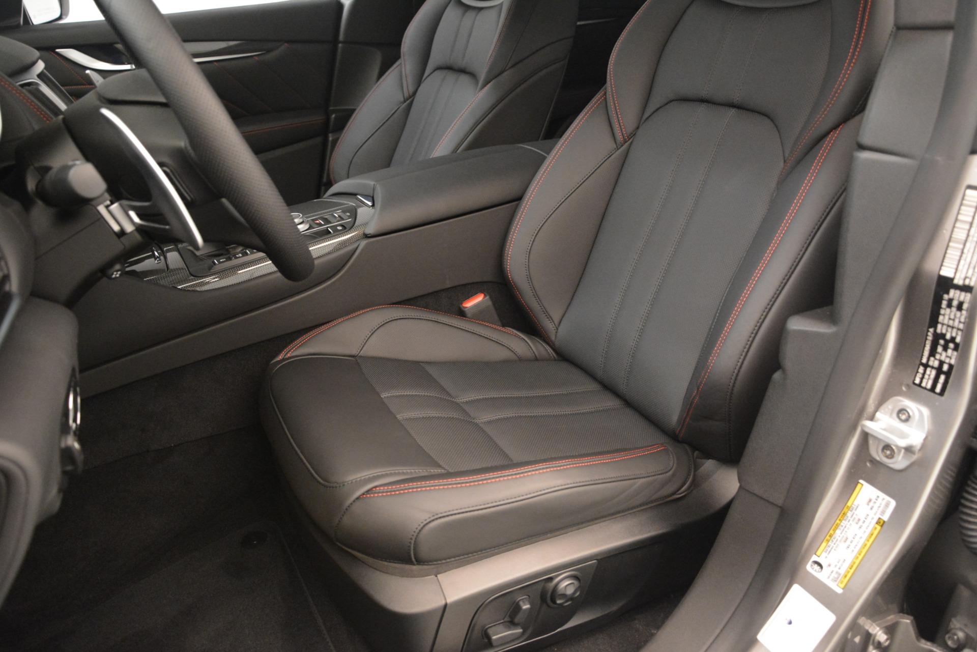 New 2019 Maserati Levante SQ4 GranSport Nerissimo For Sale In Greenwich, CT. Alfa Romeo of Greenwich, M2306 3177_p15