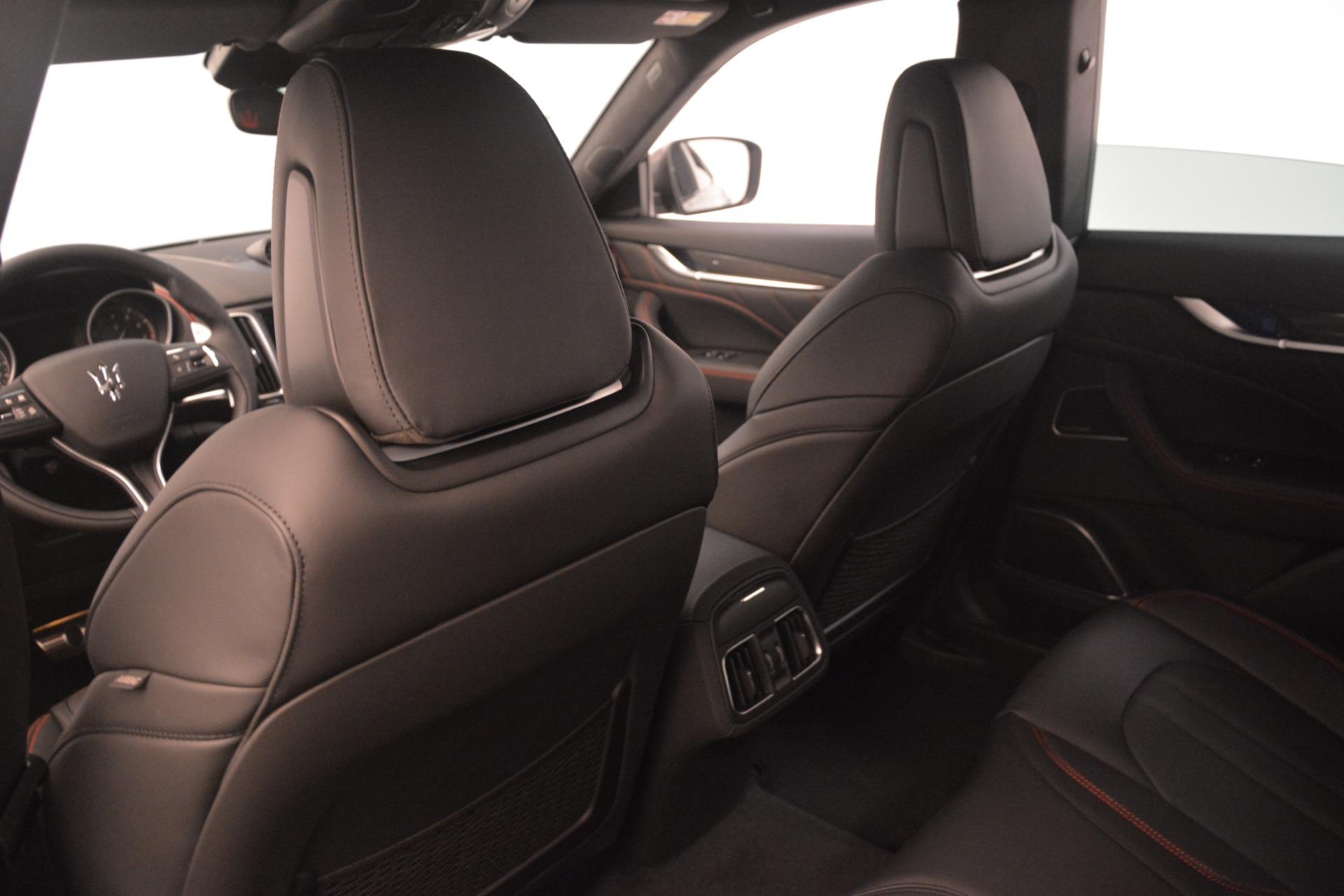 New 2019 Maserati Levante SQ4 GranSport Nerissimo For Sale In Greenwich, CT. Alfa Romeo of Greenwich, M2306 3177_p18