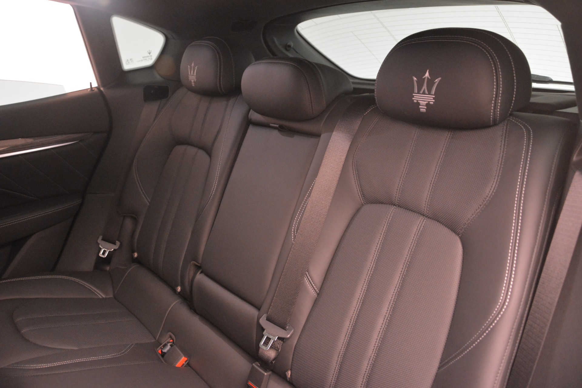 New 2019 Maserati Levante SQ4 GranSport Nerissimo For Sale In Greenwich, CT. Alfa Romeo of Greenwich, M2307 3178_p18