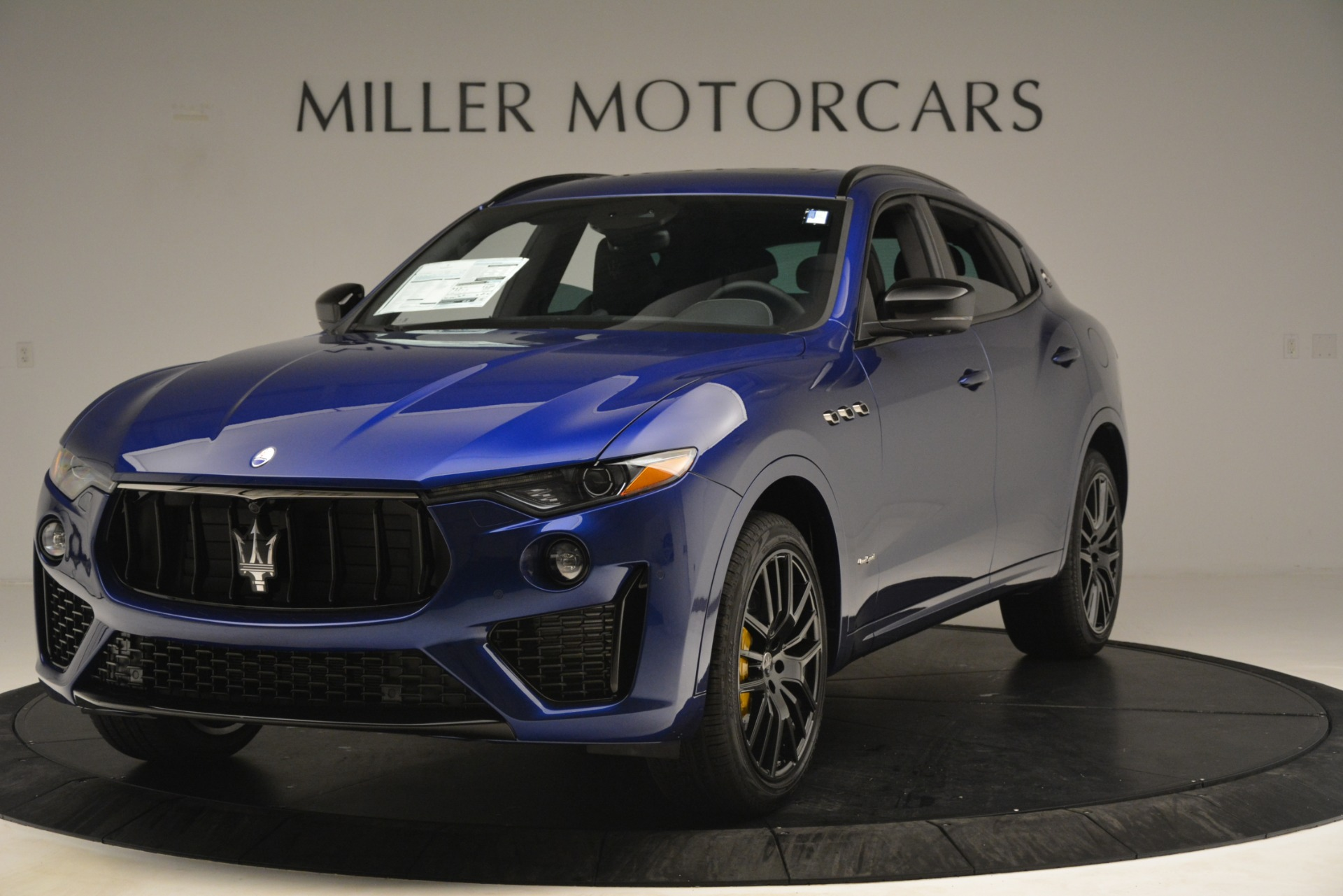 New 2019 Maserati Levante SQ4 GranSport Nerissimo For Sale In Greenwich, CT. Alfa Romeo of Greenwich, M2308