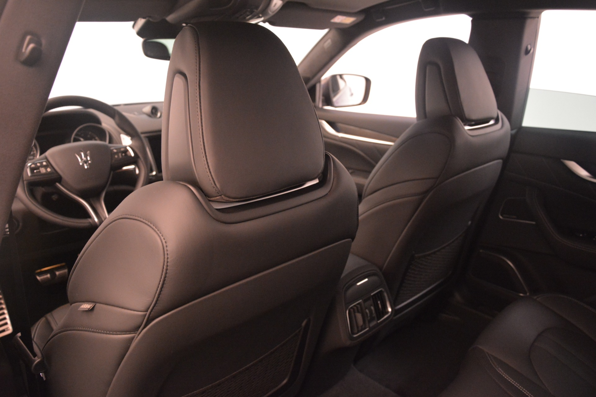 New 2019 Maserati Levante SQ4 GranSport Nerissimo For Sale In Greenwich, CT. Alfa Romeo of Greenwich, M2308 3179_p20