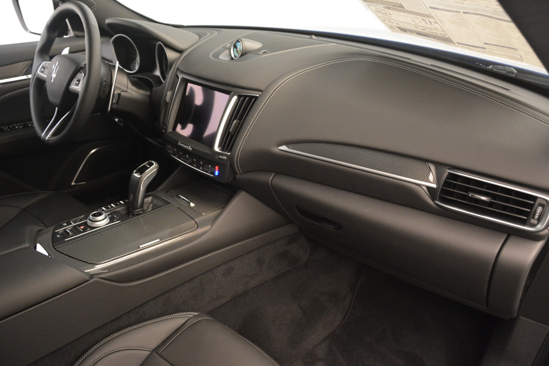 New 2019 Maserati Levante SQ4 GranSport Nerissimo For Sale In Greenwich, CT. Alfa Romeo of Greenwich, M2308 3179_p22