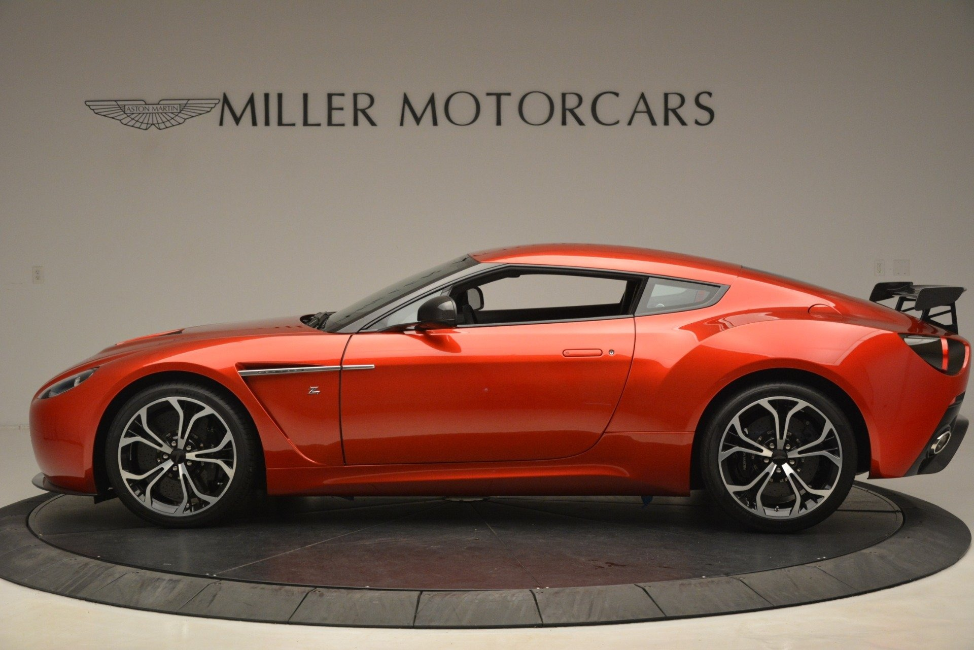 Used 2013 Aston Martin V12 Zagato Coupe For Sale In Greenwich, CT. Alfa Romeo of Greenwich, 7566C 3181_p2