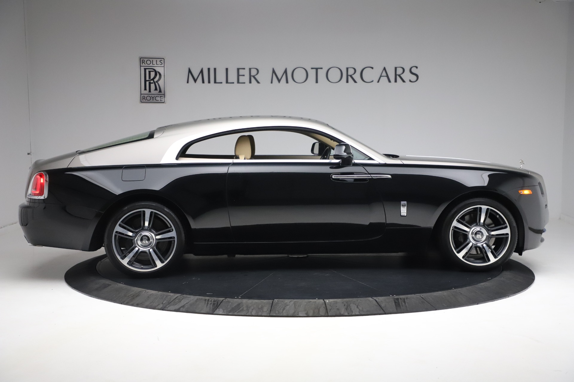 Used 2015 Rolls-Royce Wraith  For Sale In Greenwich, CT. Alfa Romeo of Greenwich, 7554 3184_p11