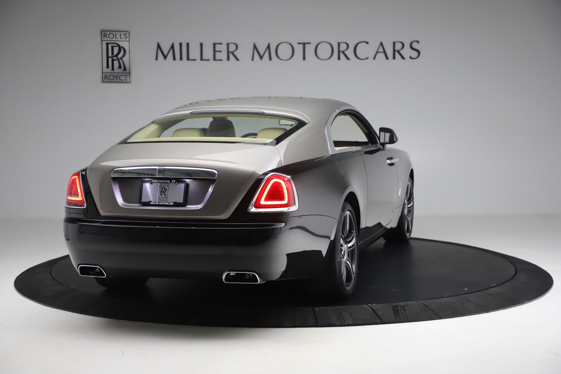 Used 2015 Rolls-Royce Wraith  For Sale In Greenwich, CT. Alfa Romeo of Greenwich, 7554 3184_p9