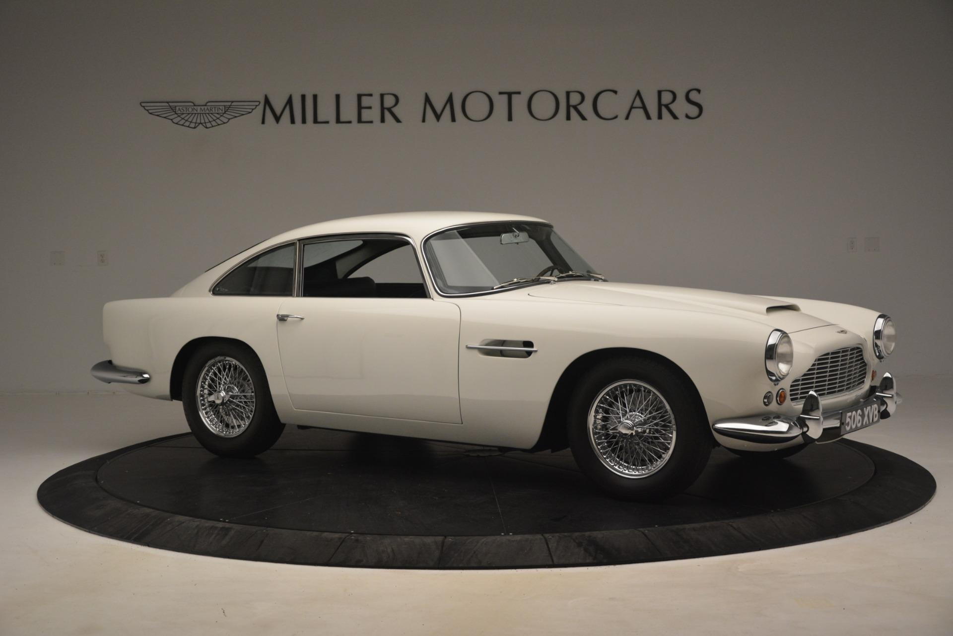 Used 1961 Aston Martin DB4 Series IV Coupe For Sale In Greenwich, CT. Alfa Romeo of Greenwich, 7567C 3186_p10