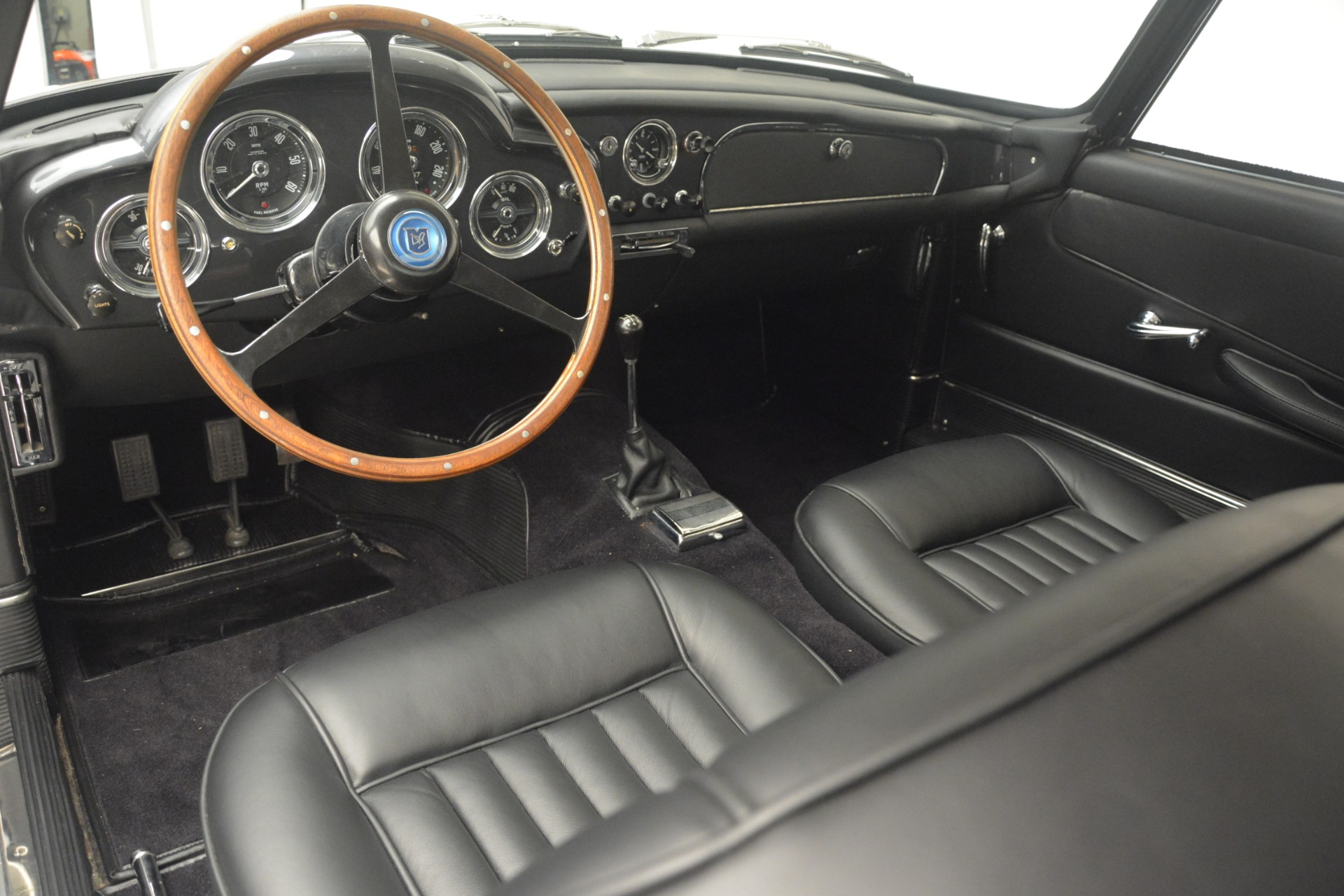 Used 1961 Aston Martin DB4 Series IV Coupe For Sale In Greenwich, CT. Alfa Romeo of Greenwich, 7567C 3186_p21