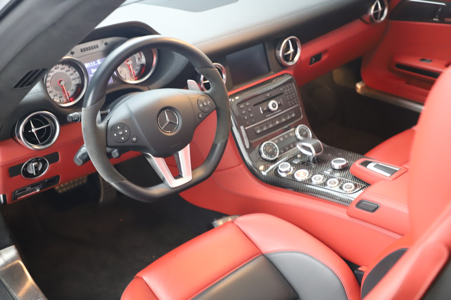 Used 2012 Mercedes-Benz SLS AMG  For Sale In Greenwich, CT. Alfa Romeo of Greenwich, 7563 3189_p27