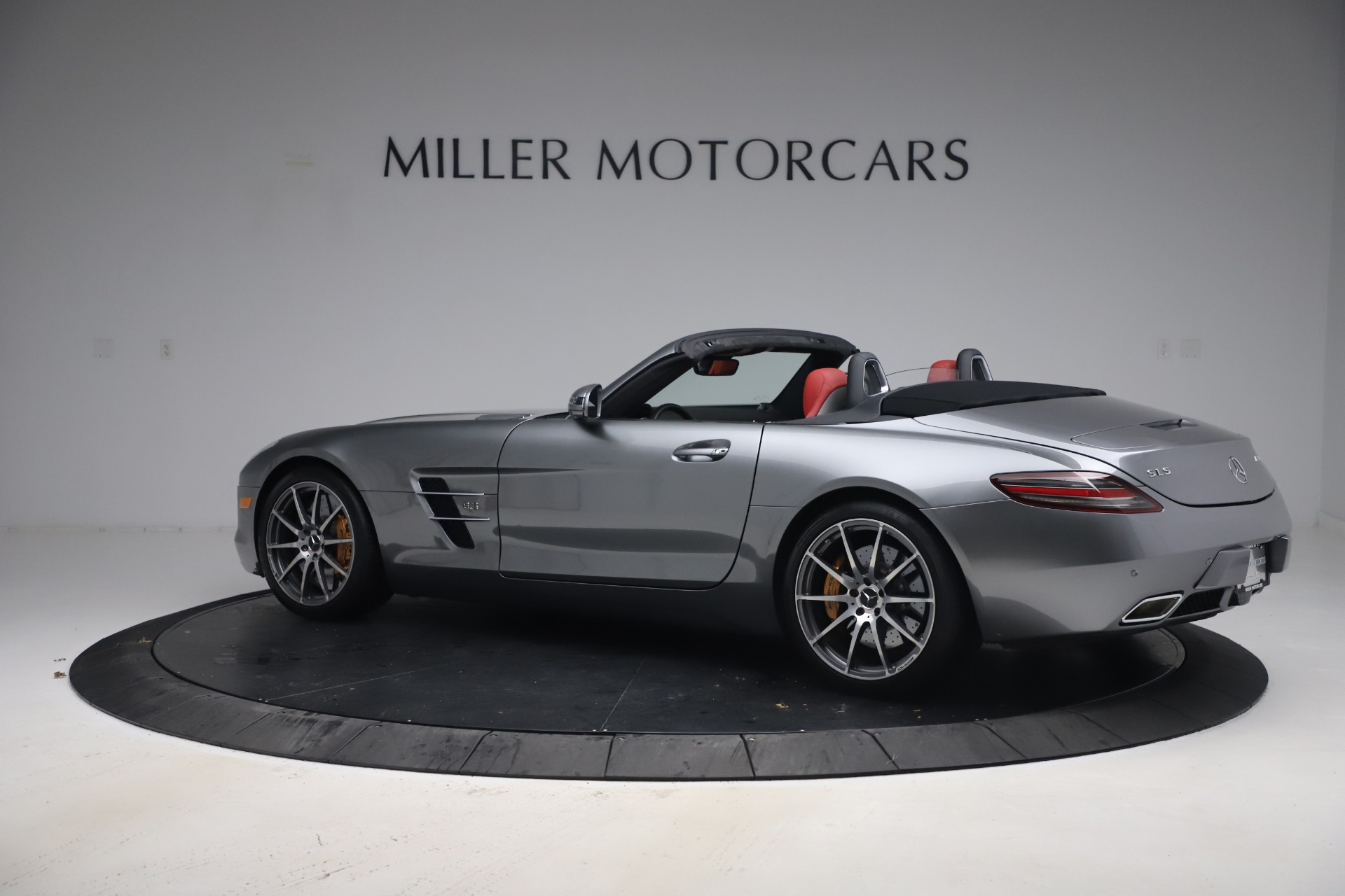 Used 2012 Mercedes-Benz SLS AMG  For Sale In Greenwich, CT. Alfa Romeo of Greenwich, 7563 3189_p5