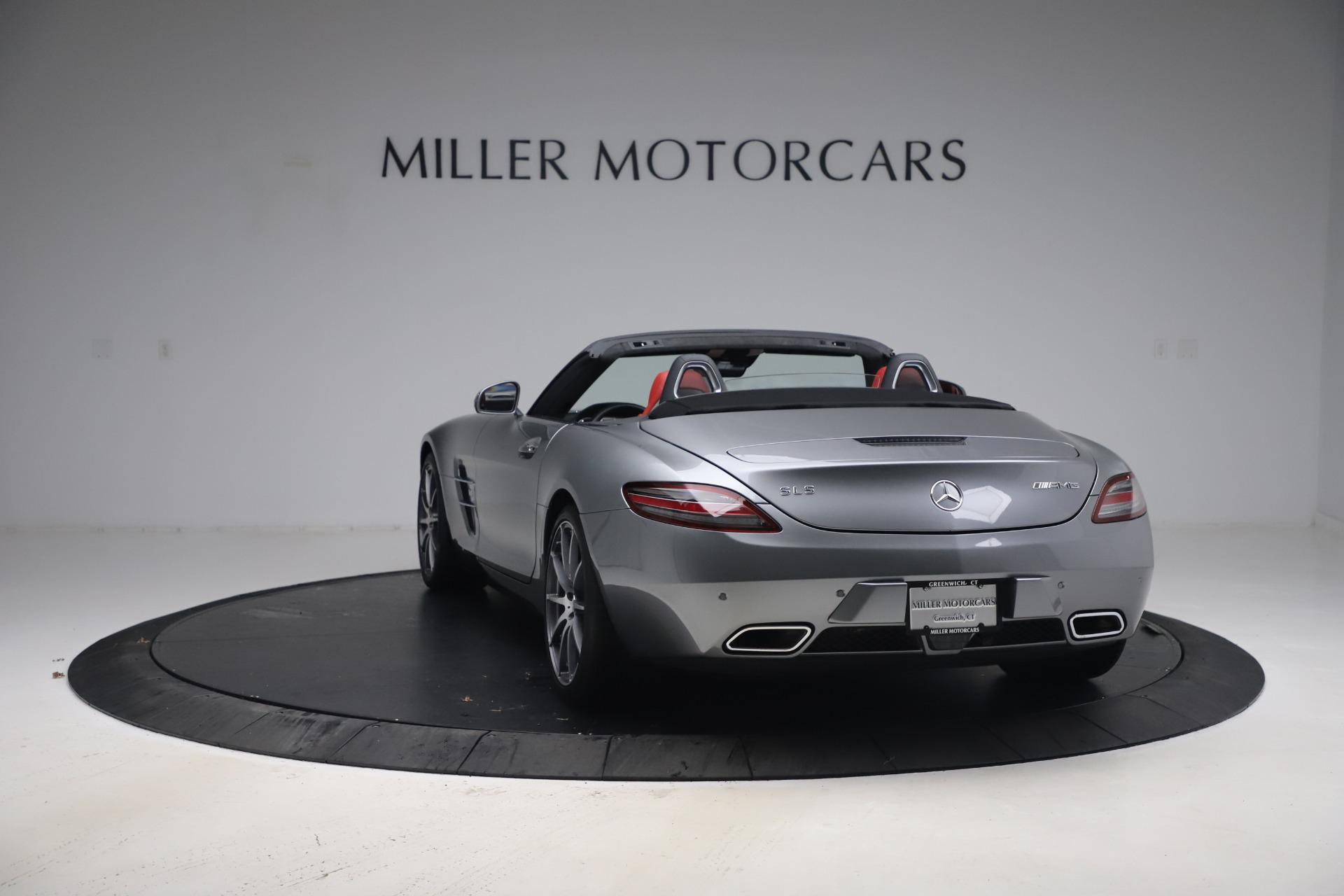 Used 2012 Mercedes-Benz SLS AMG  For Sale In Greenwich, CT. Alfa Romeo of Greenwich, 7563 3189_p7