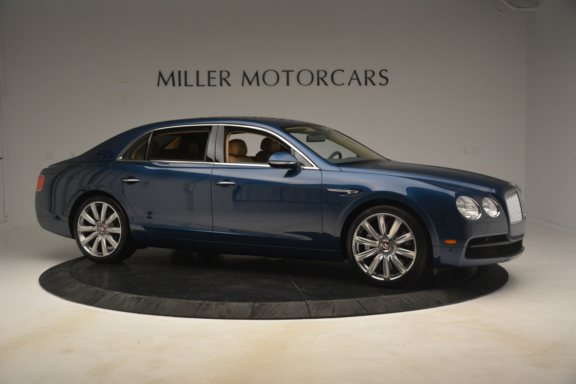 Used 2016 Bentley Flying Spur V8 For Sale In Greenwich, CT. Alfa Romeo of Greenwich, 7575 3195_p10