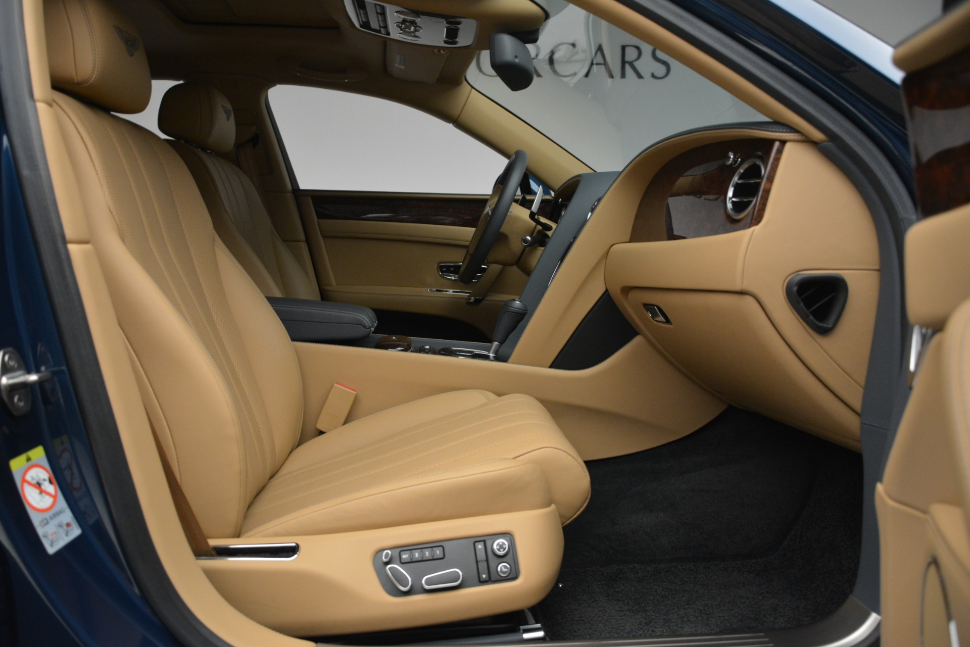 Used 2016 Bentley Flying Spur V8 For Sale In Greenwich, CT. Alfa Romeo of Greenwich, 7575 3195_p28