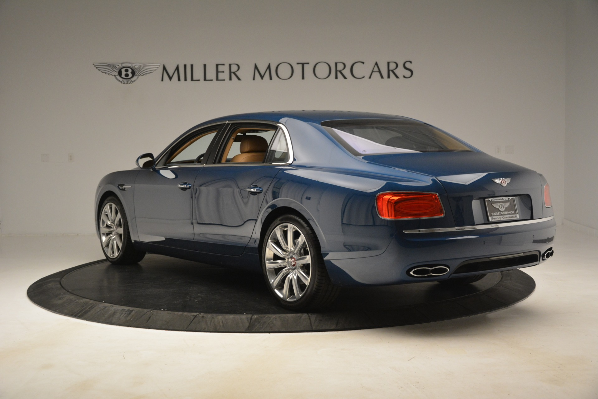 Used 2016 Bentley Flying Spur V8 For Sale In Greenwich, CT. Alfa Romeo of Greenwich, 7575 3195_p5