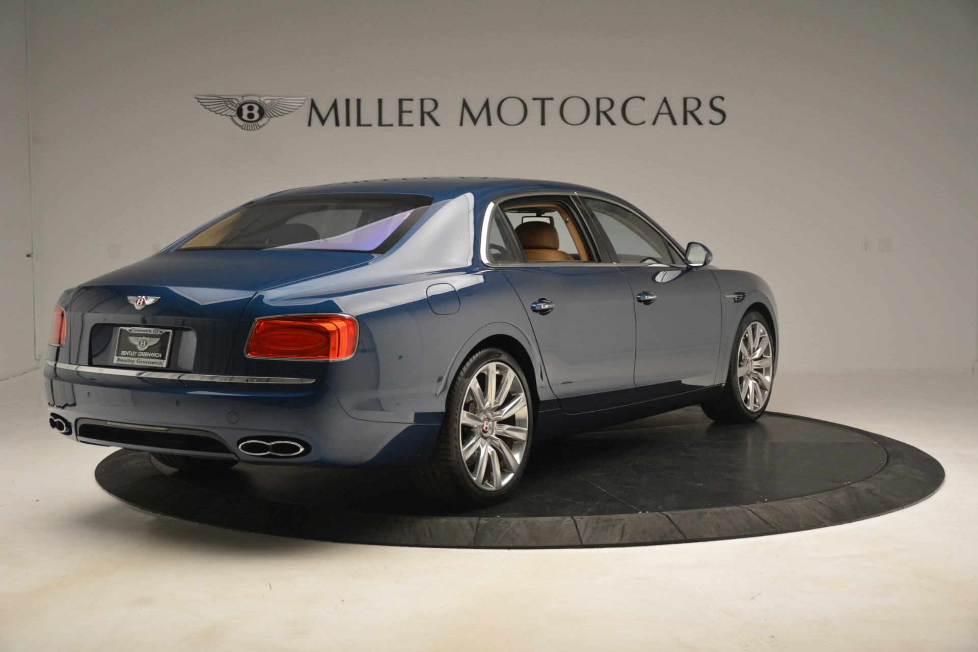 Used 2016 Bentley Flying Spur V8 For Sale In Greenwich, CT. Alfa Romeo of Greenwich, 7575 3195_p7