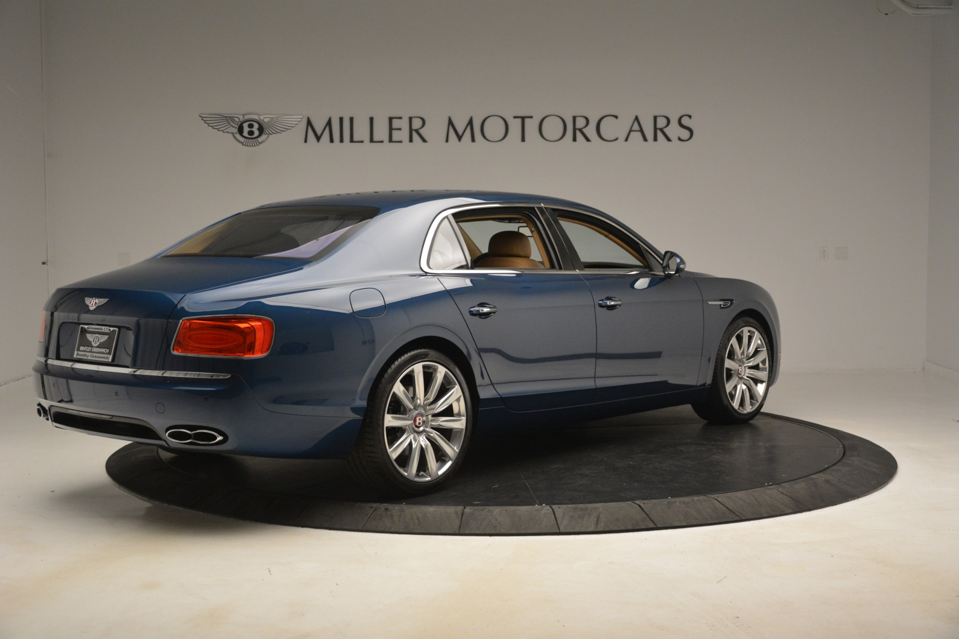Used 2016 Bentley Flying Spur V8 For Sale In Greenwich, CT. Alfa Romeo of Greenwich, 7575 3195_p8