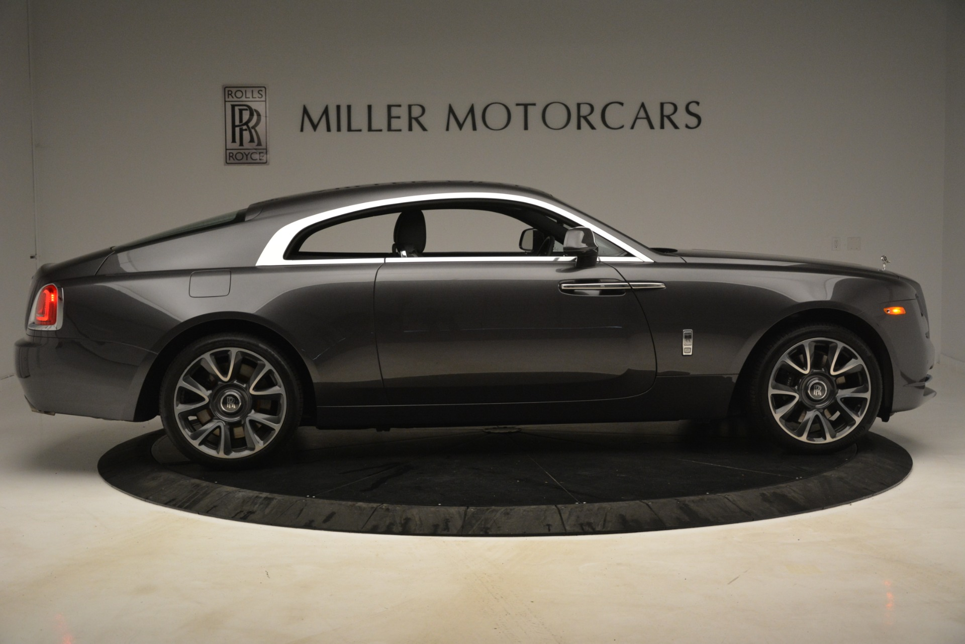 Used 2018 Rolls-Royce Wraith  For Sale In Greenwich, CT. Alfa Romeo of Greenwich, 7565 3196_p10