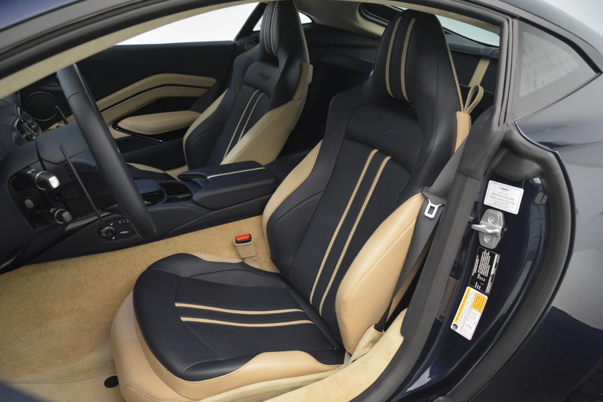 New 2019 Aston Martin Vantage V8 For Sale In Greenwich, CT. Alfa Romeo of Greenwich, A1349 3198_p16