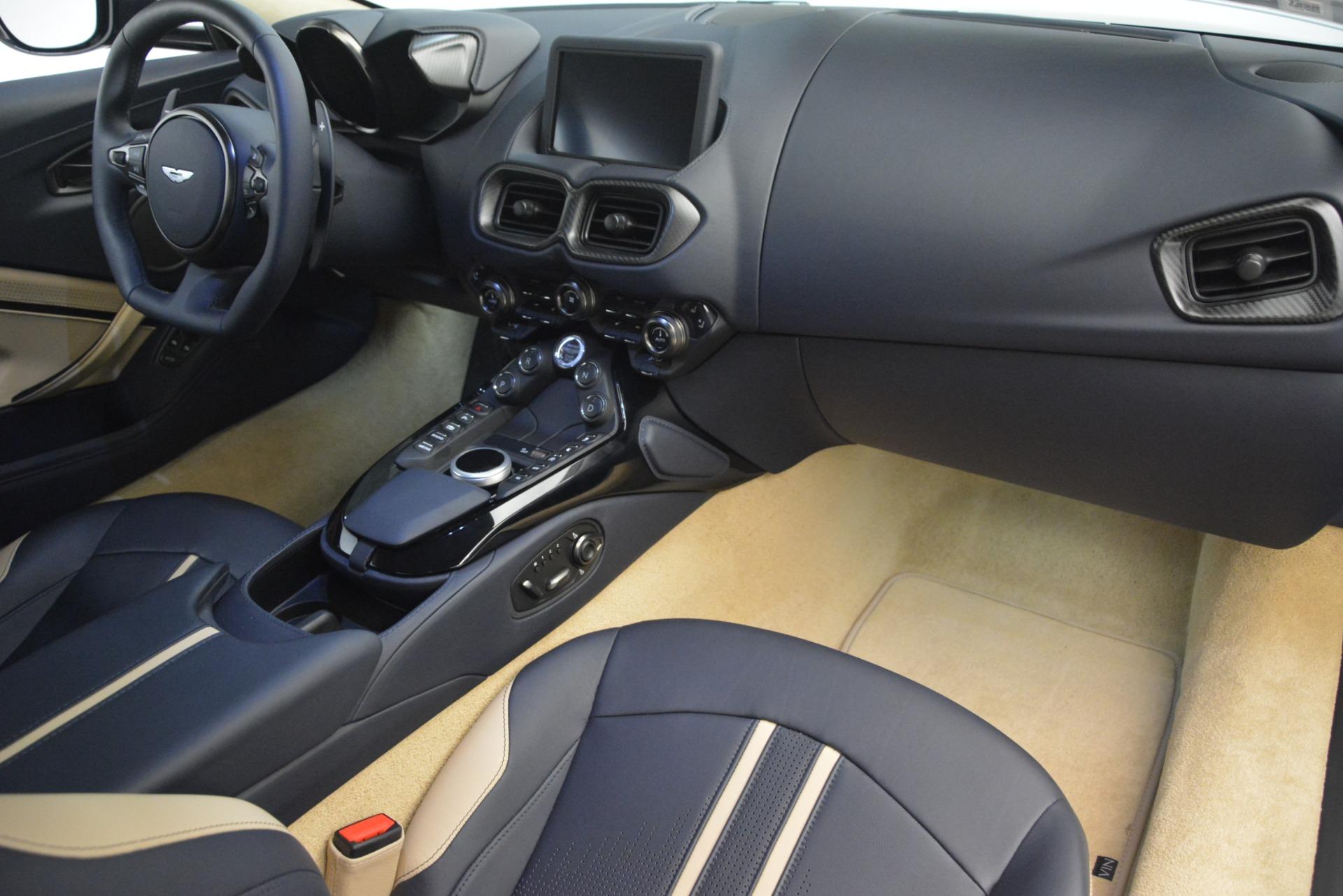 New 2019 Aston Martin Vantage V8 For Sale In Greenwich, CT. Alfa Romeo of Greenwich, A1349 3198_p18