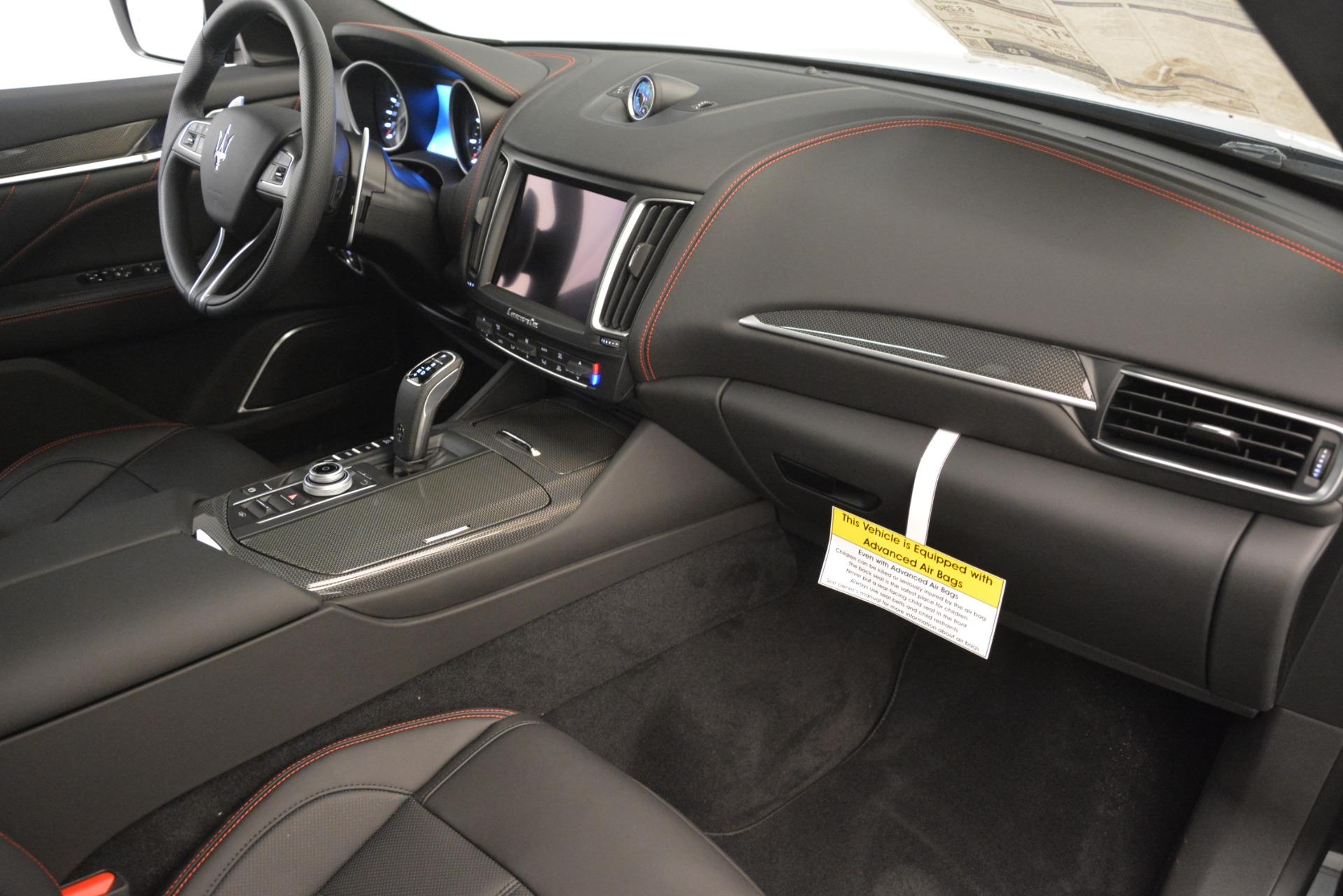 New 2019 Maserati Levante SQ4 GranSport Nerissimo For Sale In Greenwich, CT. Alfa Romeo of Greenwich, W688 3199_p22