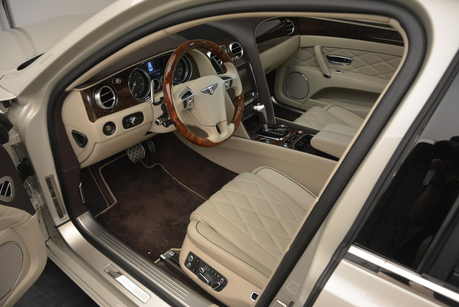Used 2016 Bentley Flying Spur W12 For Sale In Greenwich, CT. Alfa Romeo of Greenwich, B1116 32_p19
