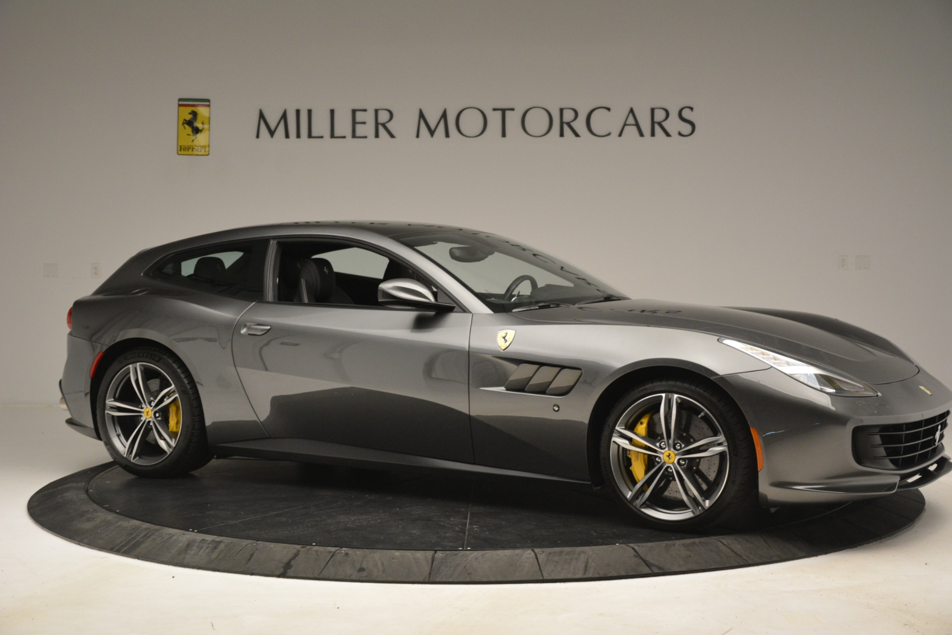 Used 2018 Ferrari GTC4Lusso  For Sale In Greenwich, CT. Alfa Romeo of Greenwich, 4569 3201_p10