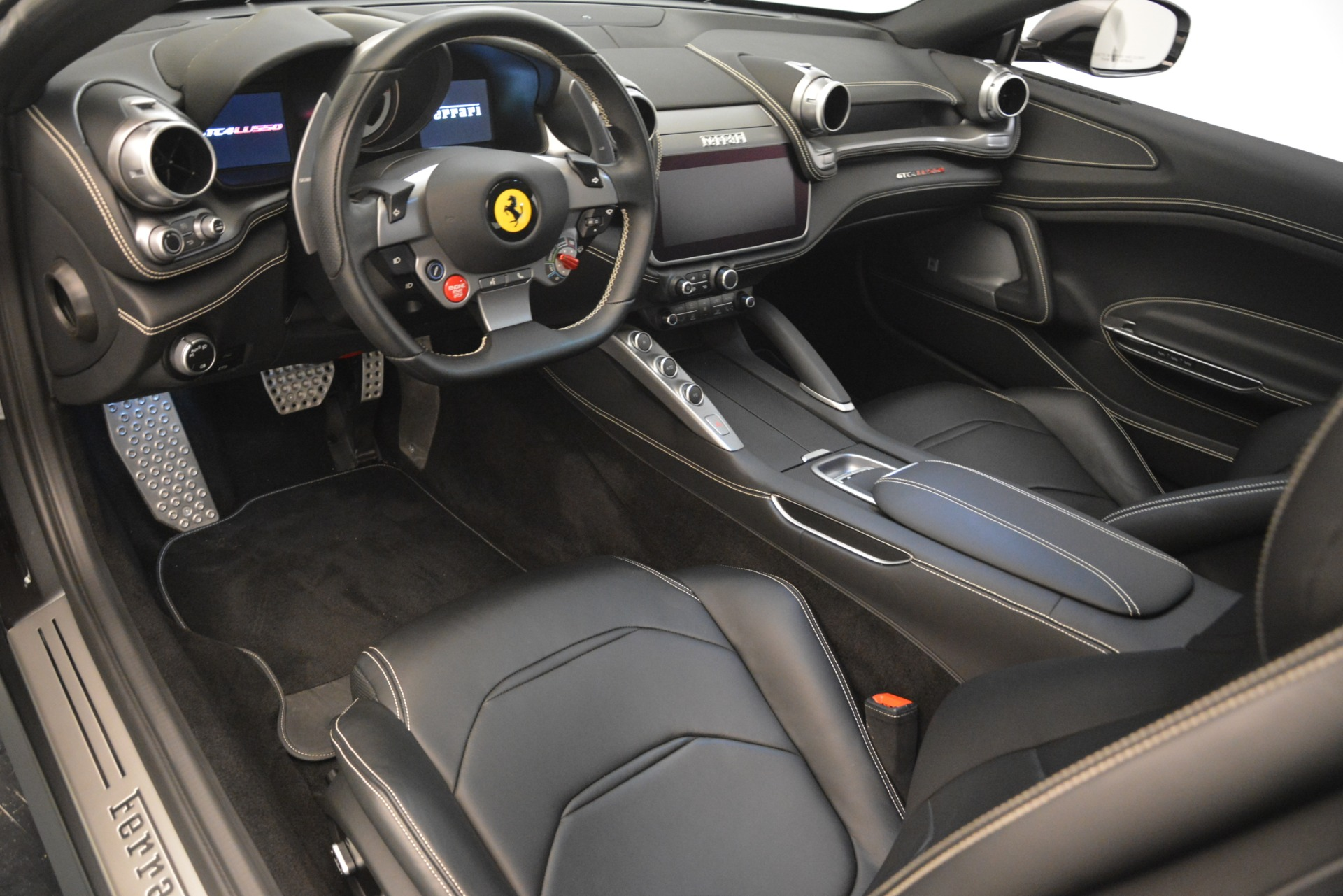 Used 2018 Ferrari GTC4Lusso  For Sale In Greenwich, CT. Alfa Romeo of Greenwich, 4569 3201_p14