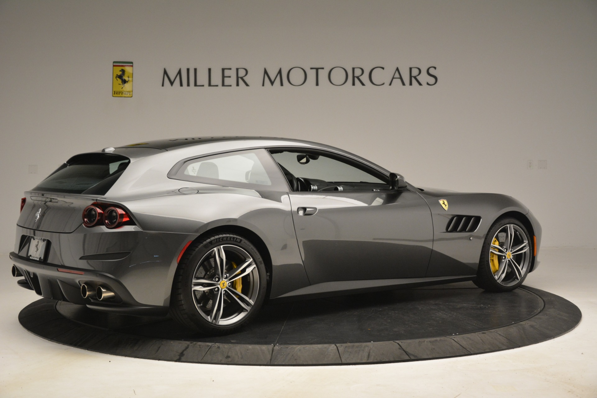Used 2018 Ferrari GTC4Lusso  For Sale In Greenwich, CT. Alfa Romeo of Greenwich, 4569 3201_p8