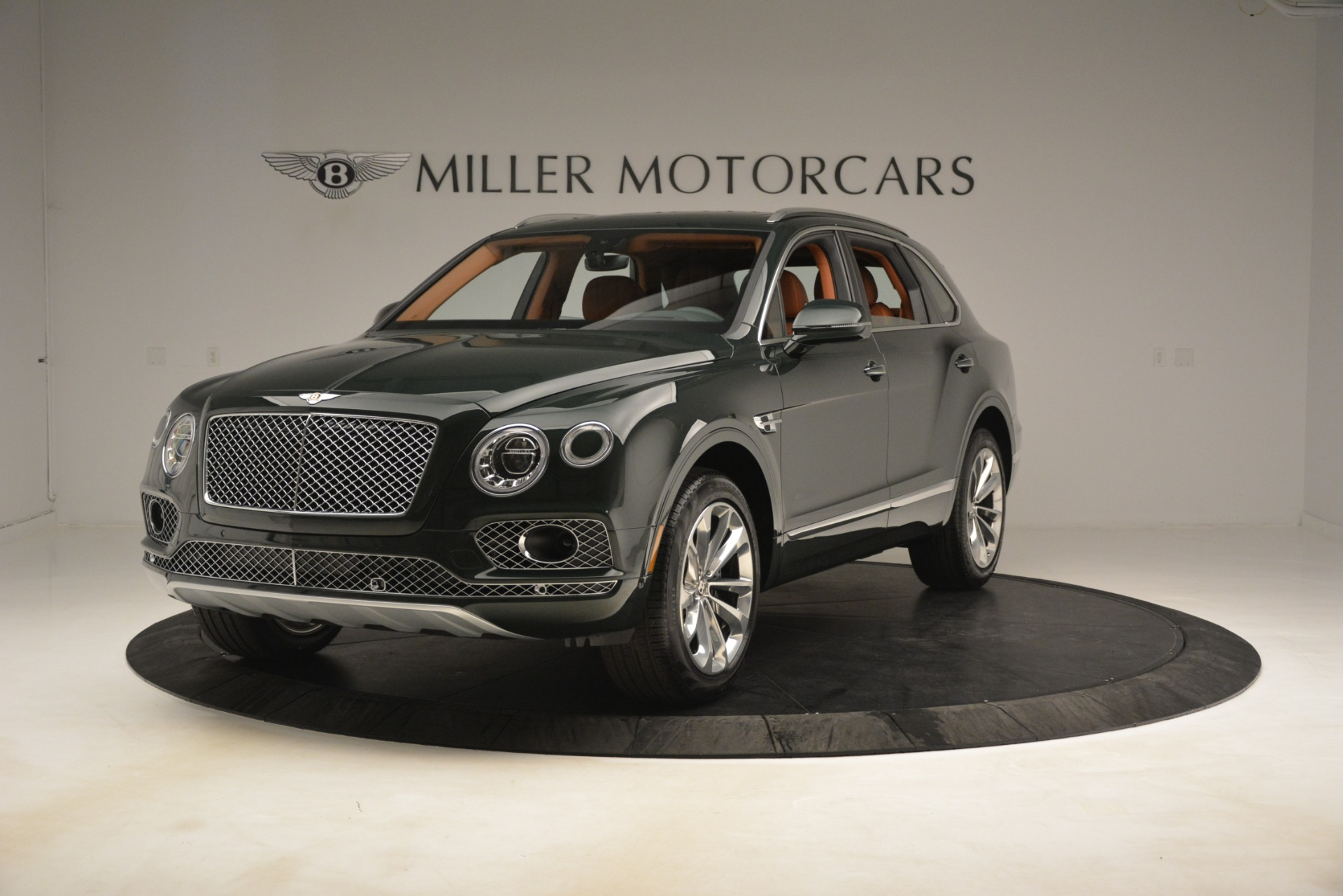 New 2019 Bentley Bentayga V8 For Sale In Greenwich, CT. Alfa Romeo of Greenwich, B1403 3203_main