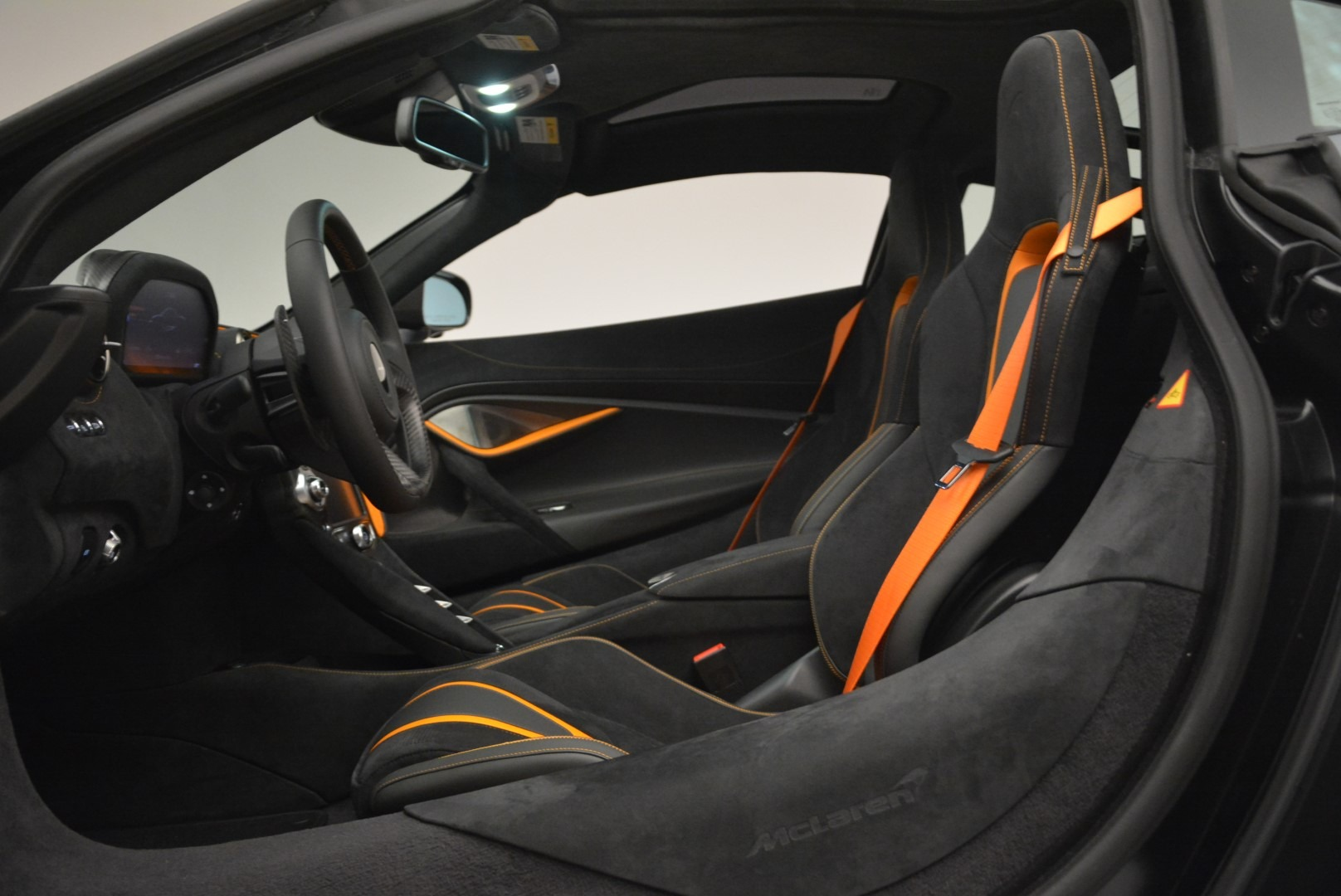 Used 2018 McLaren 720S Coupe For Sale In Greenwich, CT. Alfa Romeo of Greenwich, 3166 3205_p16