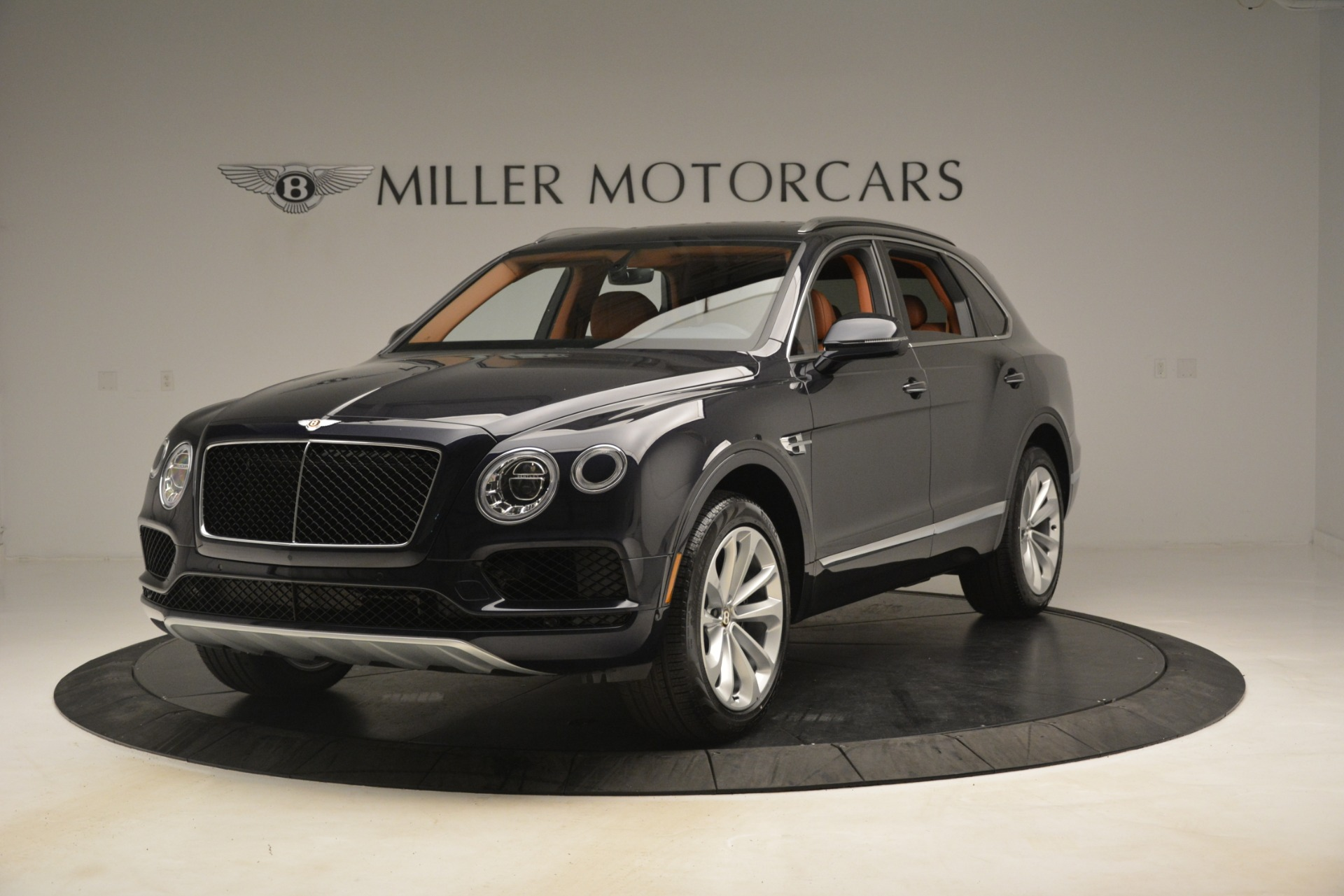 New 2019 Bentley Bentayga V8 For Sale In Greenwich, CT. Alfa Romeo of Greenwich, B1404