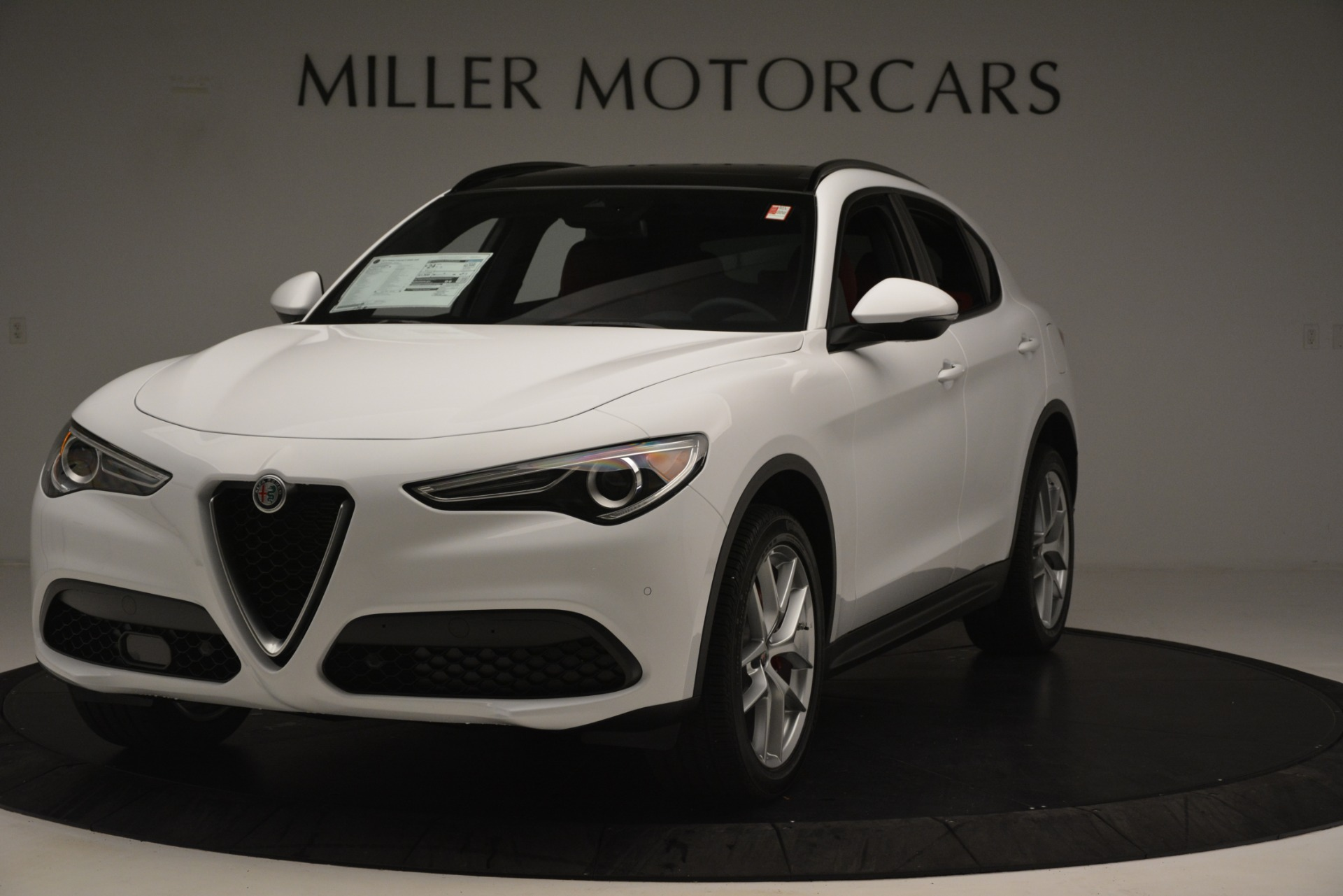 New 2019 Alfa Romeo Stelvio Ti Sport Q4 For Sale In Greenwich, CT. Alfa Romeo of Greenwich, L621