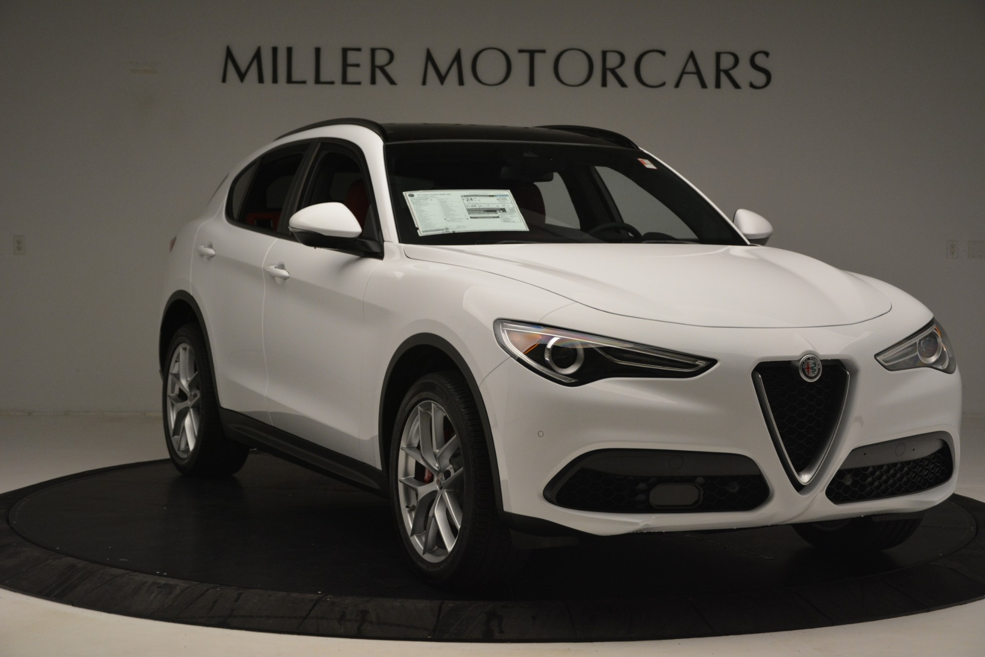 New 2019 Alfa Romeo Stelvio Ti Sport Q4 For Sale In Greenwich, CT. Alfa Romeo of Greenwich, L621 3209_p11