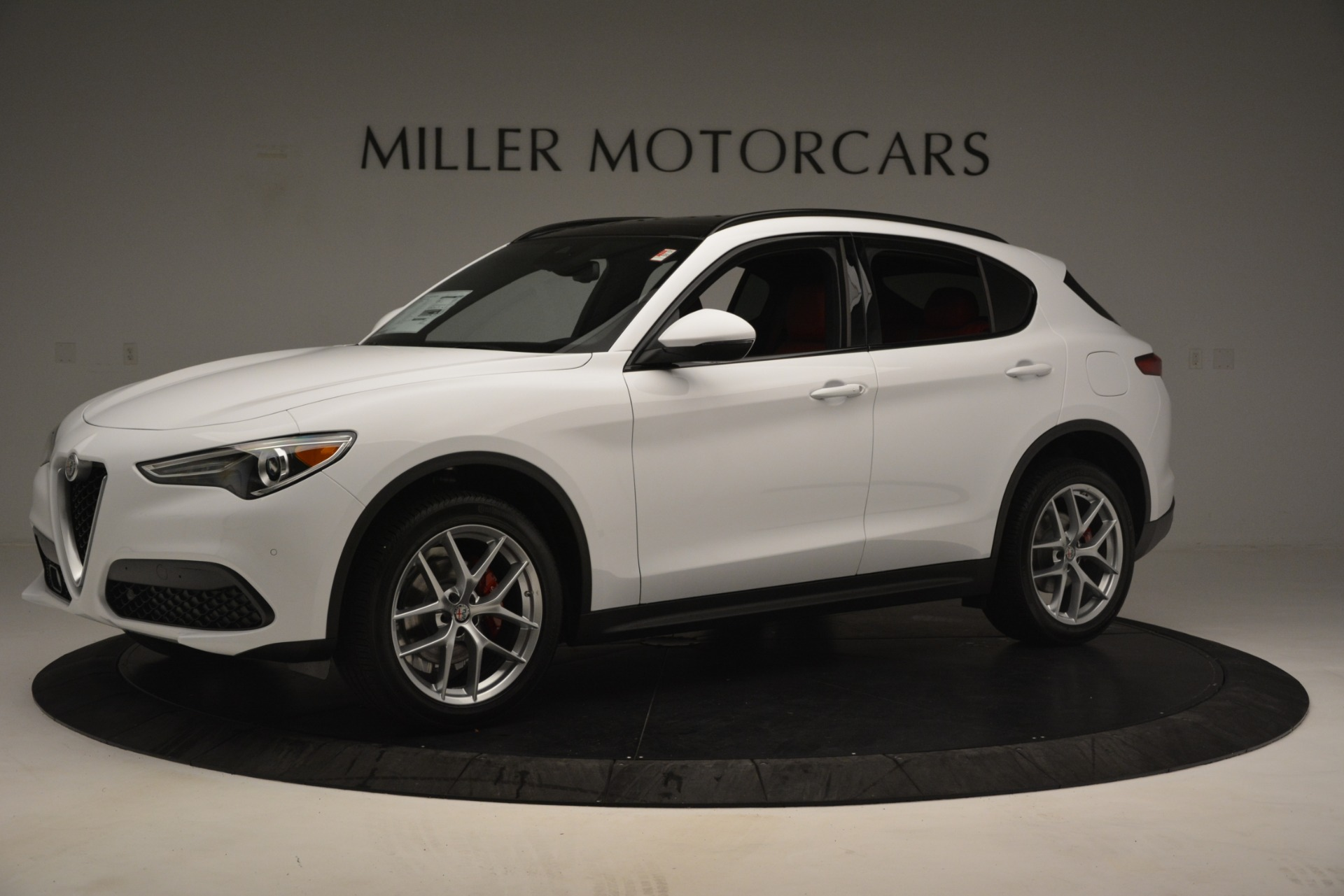 New 2019 Alfa Romeo Stelvio Ti Sport Q4 For Sale In Greenwich, CT. Alfa Romeo of Greenwich, L621 3209_p2