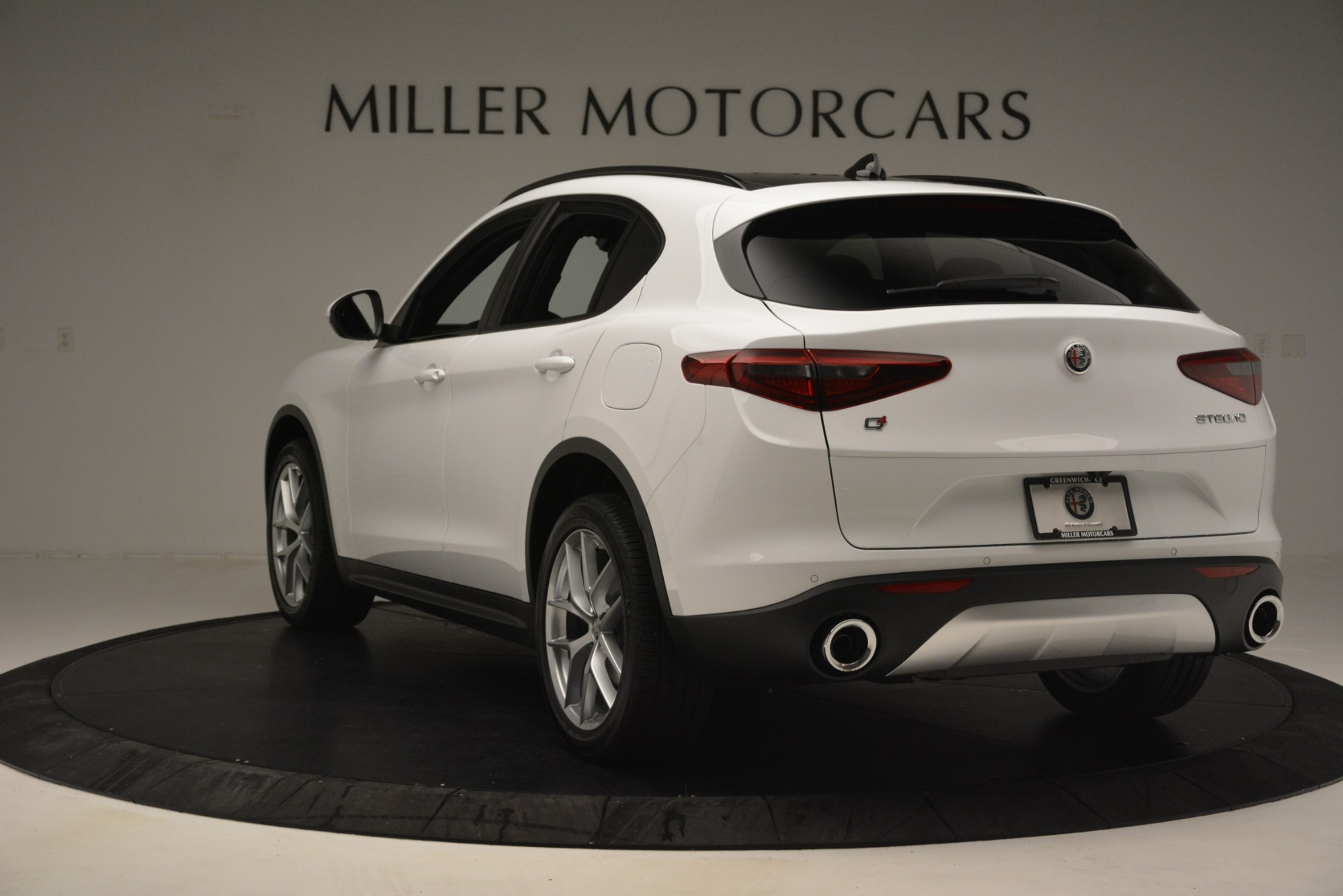 New 2019 Alfa Romeo Stelvio Ti Sport Q4 For Sale In Greenwich, CT. Alfa Romeo of Greenwich, L621 3209_p5