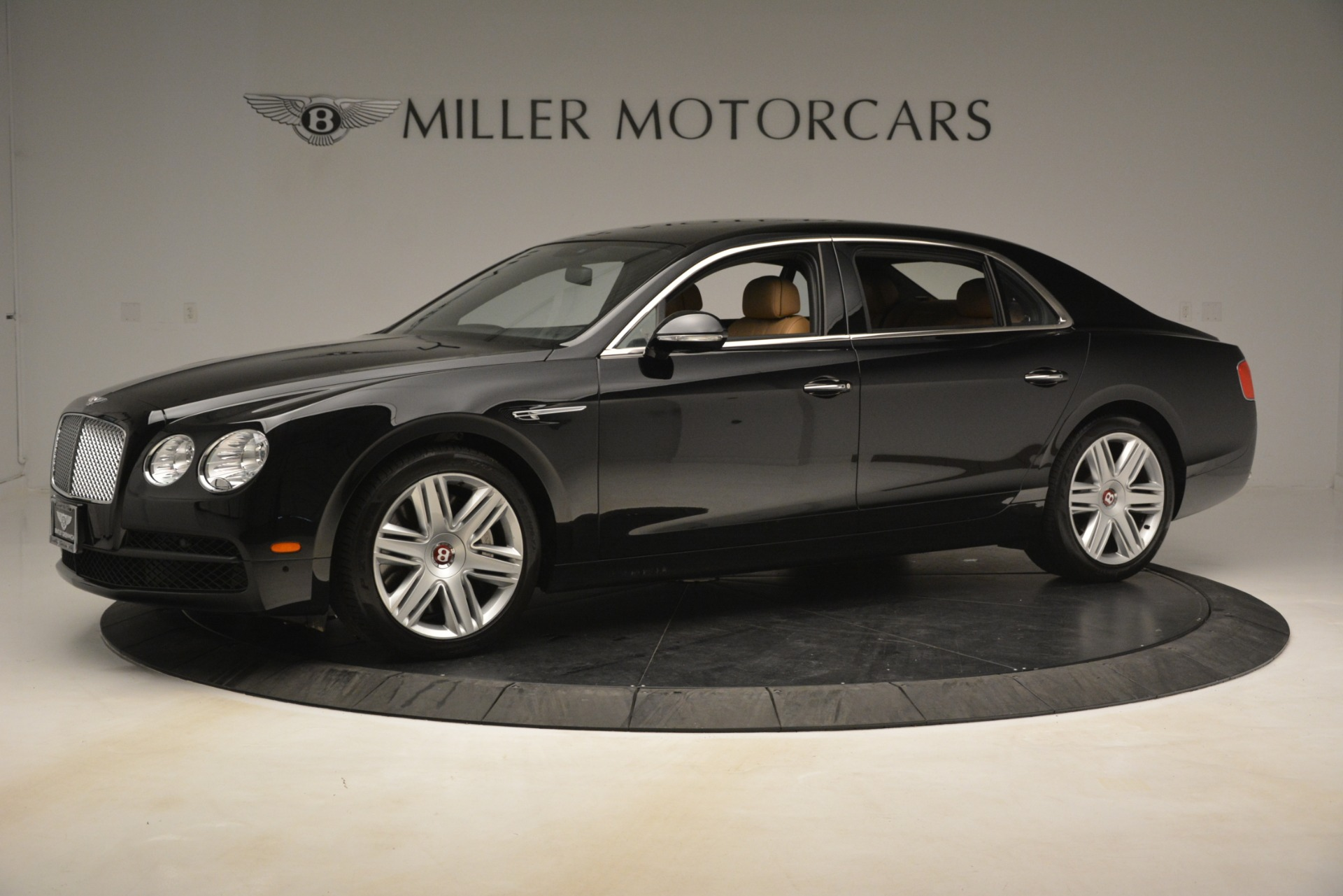Used 2016 Bentley Flying Spur V8 For Sale In Greenwich, CT. Alfa Romeo of Greenwich, 7578 3210_p2