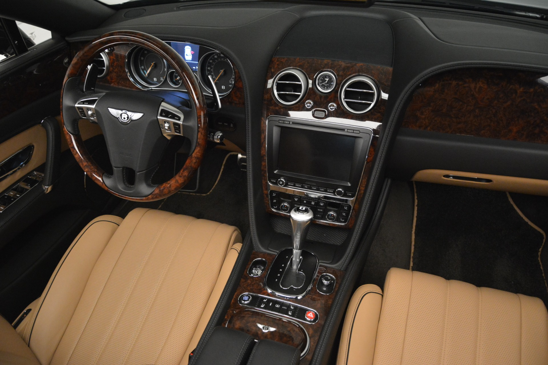 Used 2016 Bentley Flying Spur V8 For Sale In Greenwich, CT. Alfa Romeo of Greenwich, 7578 3210_p30