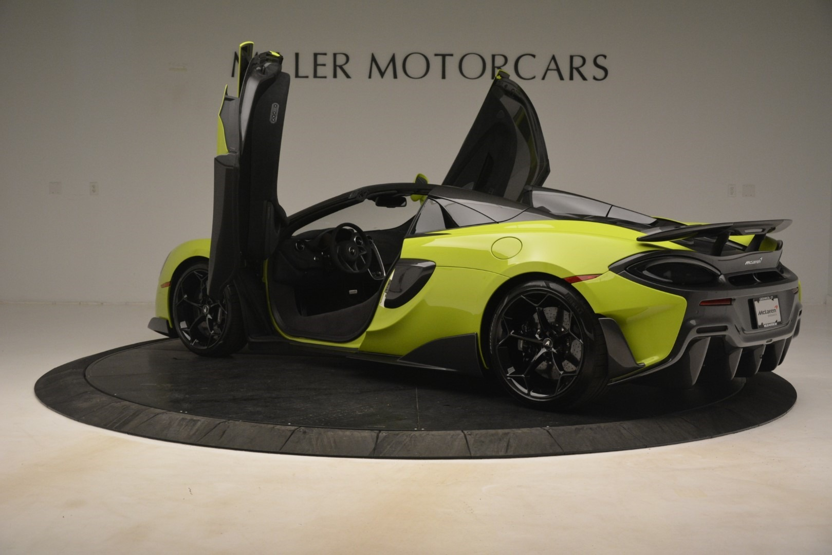 New 2020 McLaren 600LT Convertible For Sale In Greenwich, CT. Alfa Romeo of Greenwich, MC425 3213_p21