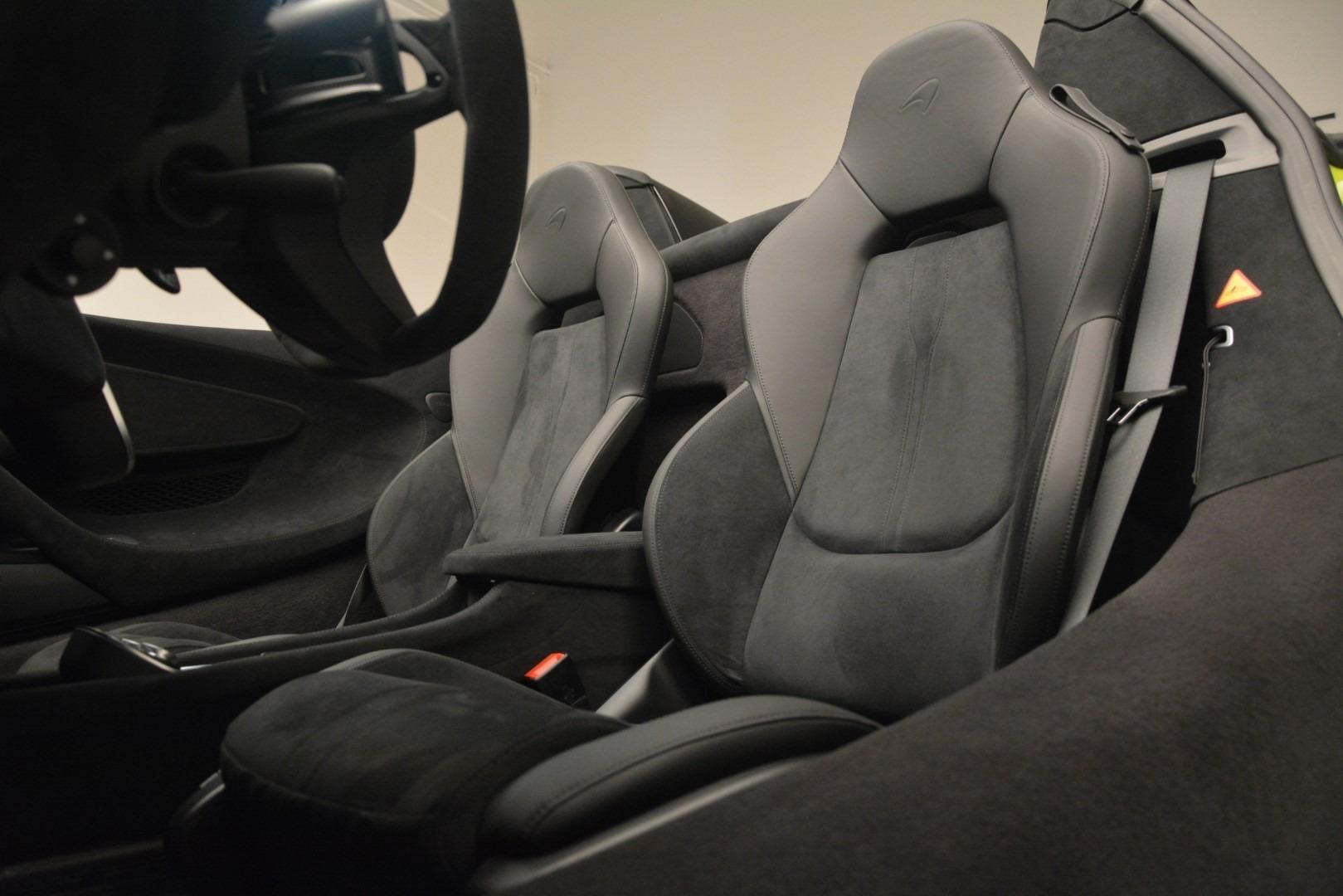 New 2020 McLaren 600LT Convertible For Sale In Greenwich, CT. Alfa Romeo of Greenwich, MC425 3213_p33